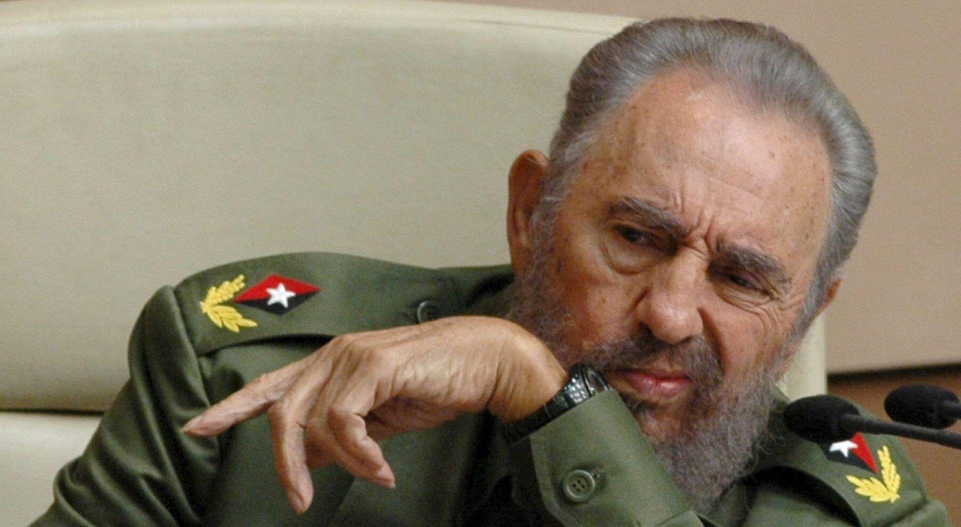 Svjetski čelnici odaju počast preminulom Castru, dok ga drugi nazivaju 'tiraninom'