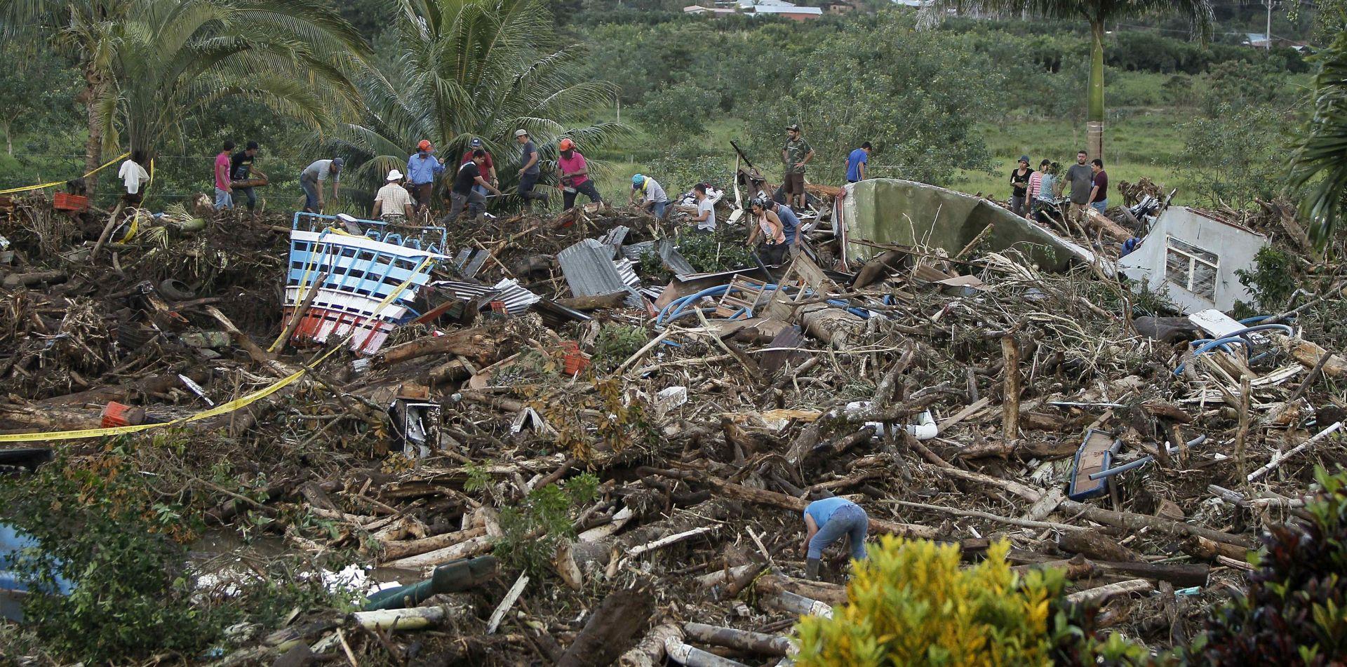 KOSTARIKA Tropska oluja Otto usmrtila najmanje 9 osoba