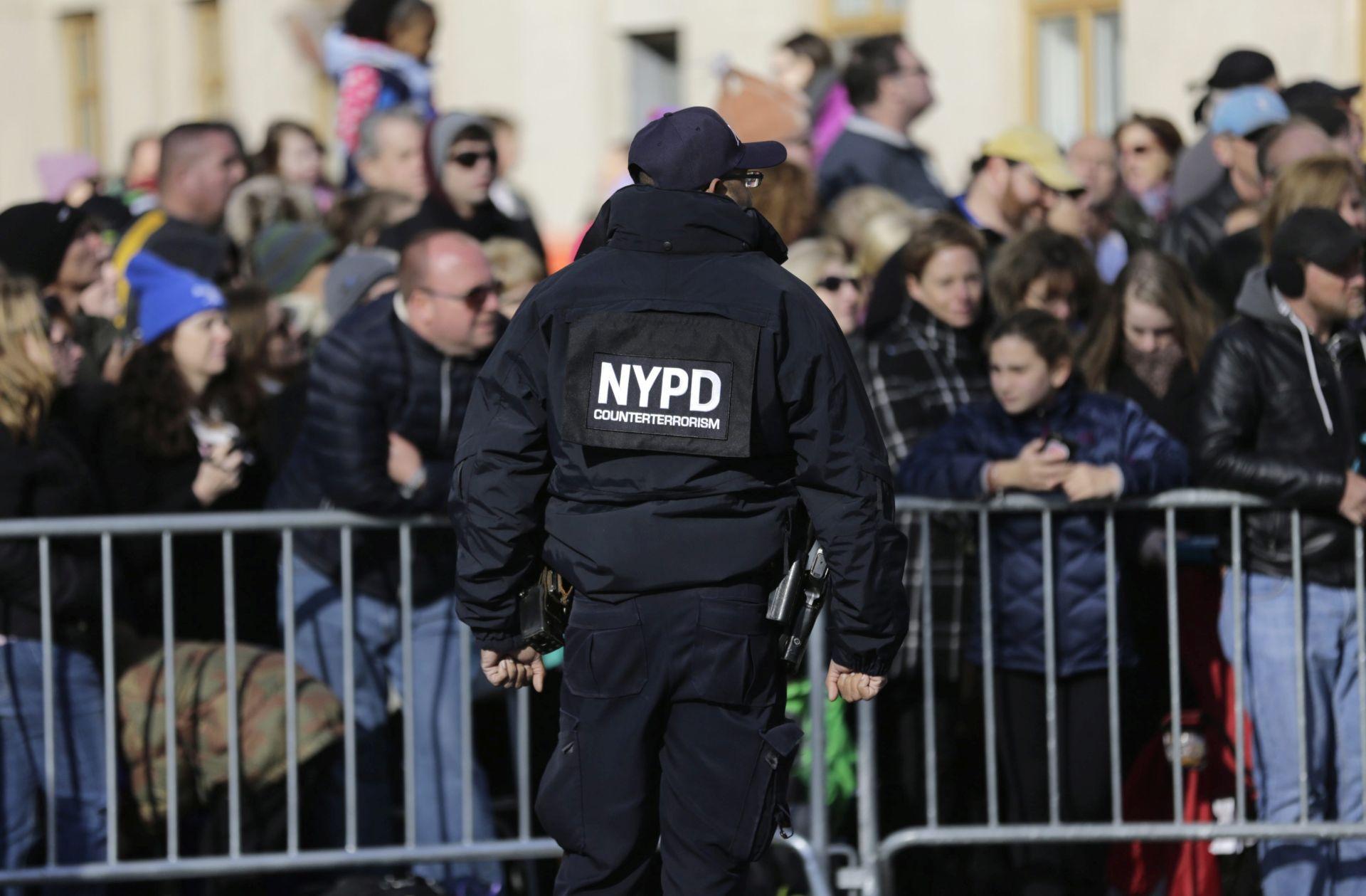 NEW YORK Jake mjere osiguranja na paradi za Dan zahvalnosti