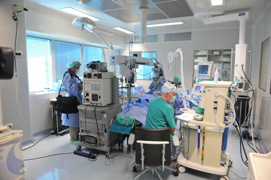 operacijska-dvorana-svjetlost