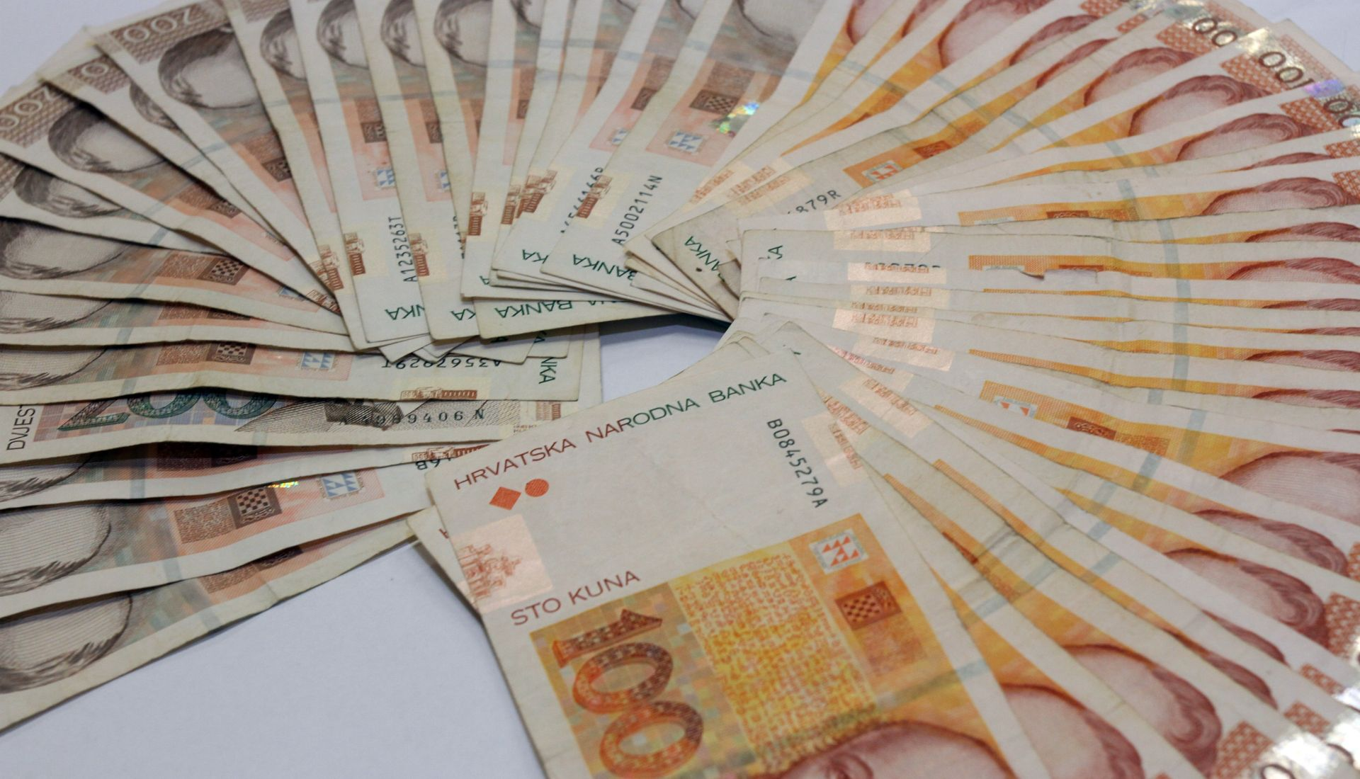 VELIKA ANALIZA NOVE TV Najzaduženiji građanin dužan je čak 403 milijuna kuna