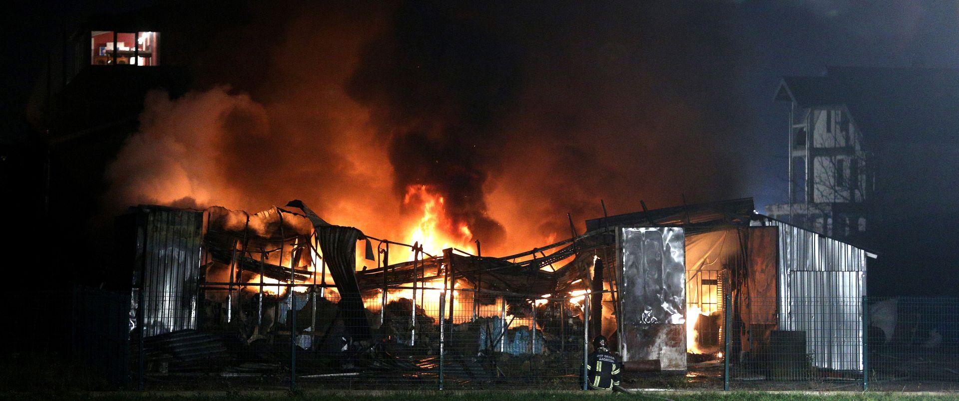 ZAGREB U požaru izgorjelo skladište tvrtke Top Team plus