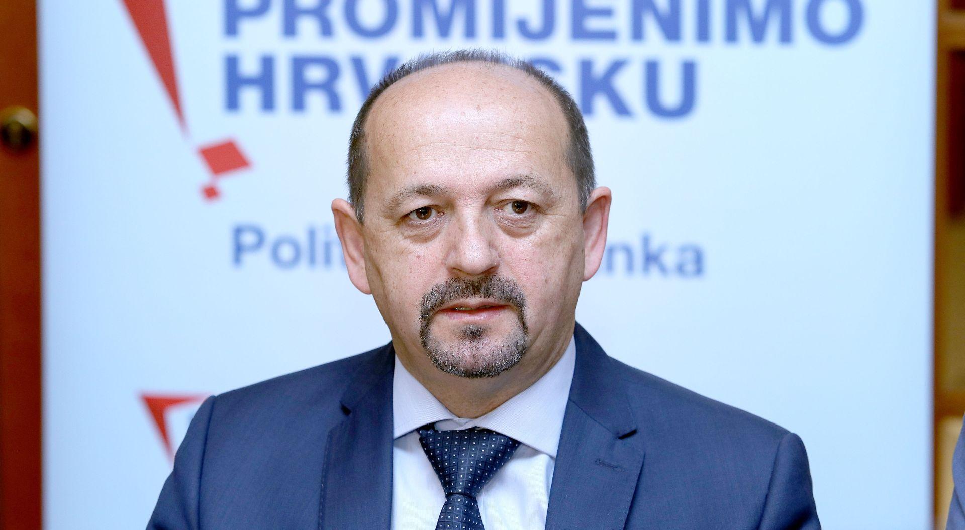 """LOVRINOVIĆ """"Provodi se nova tiha sanacija banaka, teška milijarde kuna"""""""