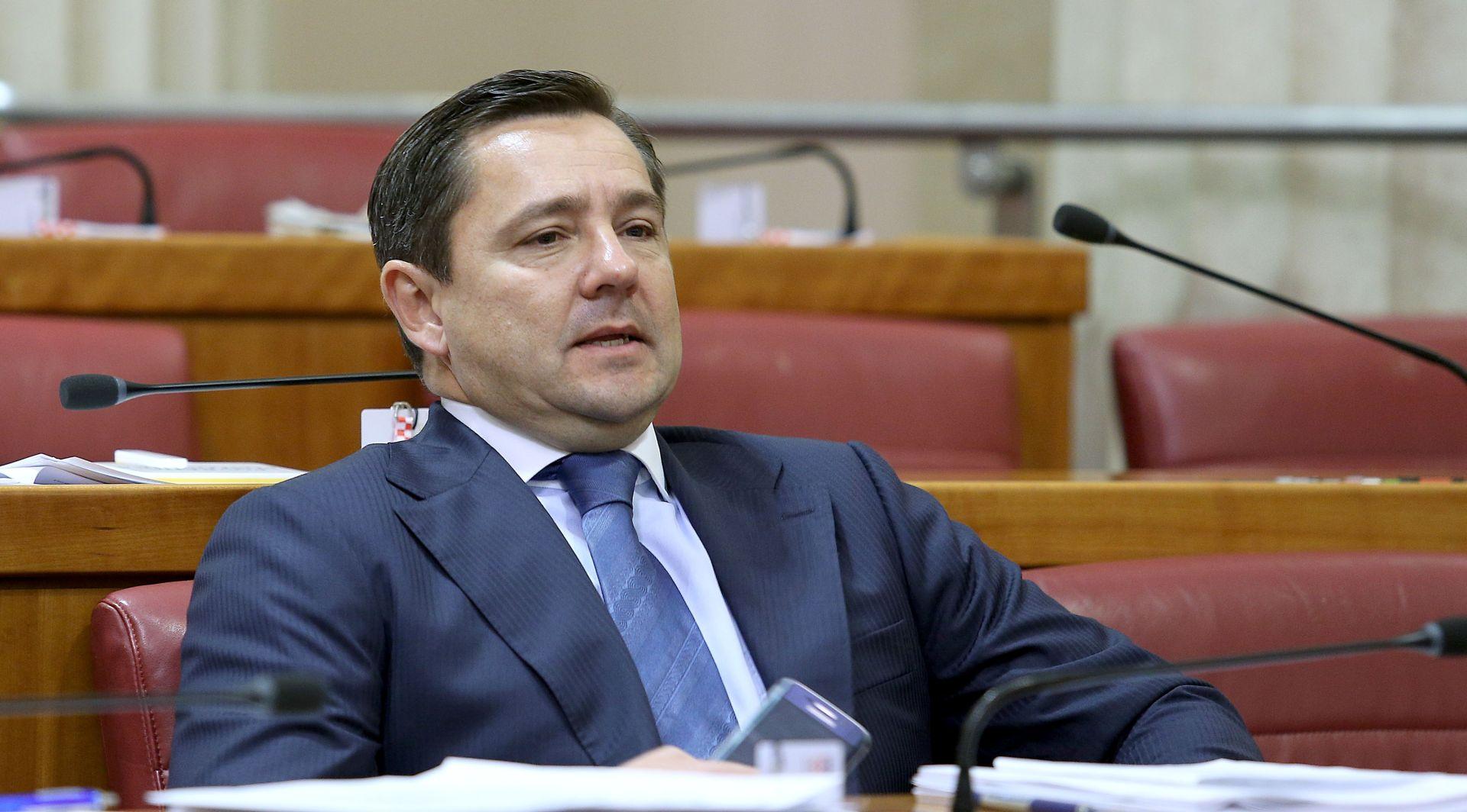 ANDRIJA MIKULIĆ 'Netko će odgovarati ako se gradnja na Britancu i u Maksimiru pokaže nezakonitom'