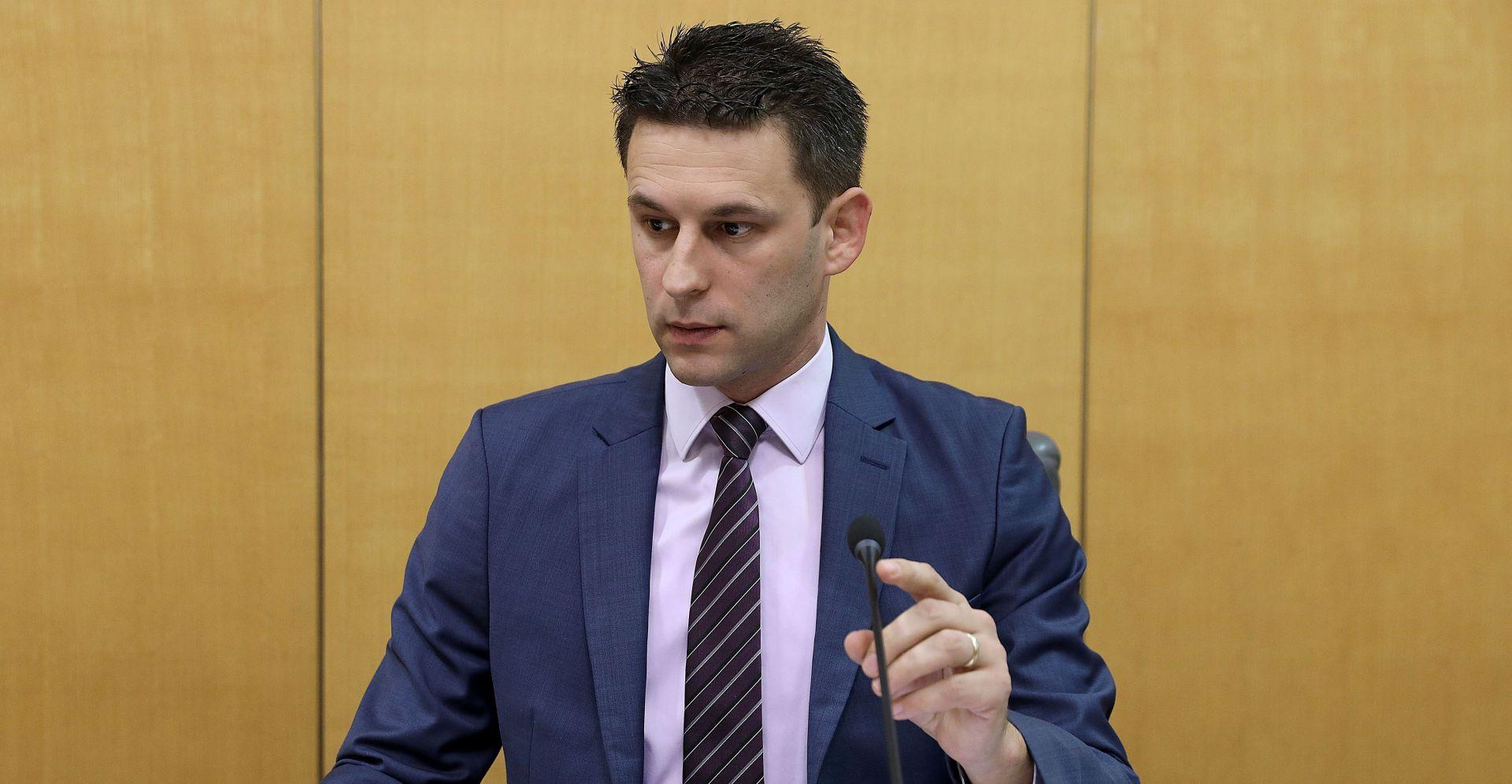 Hrvatski sabor zastupnicima nabavlja tablete
