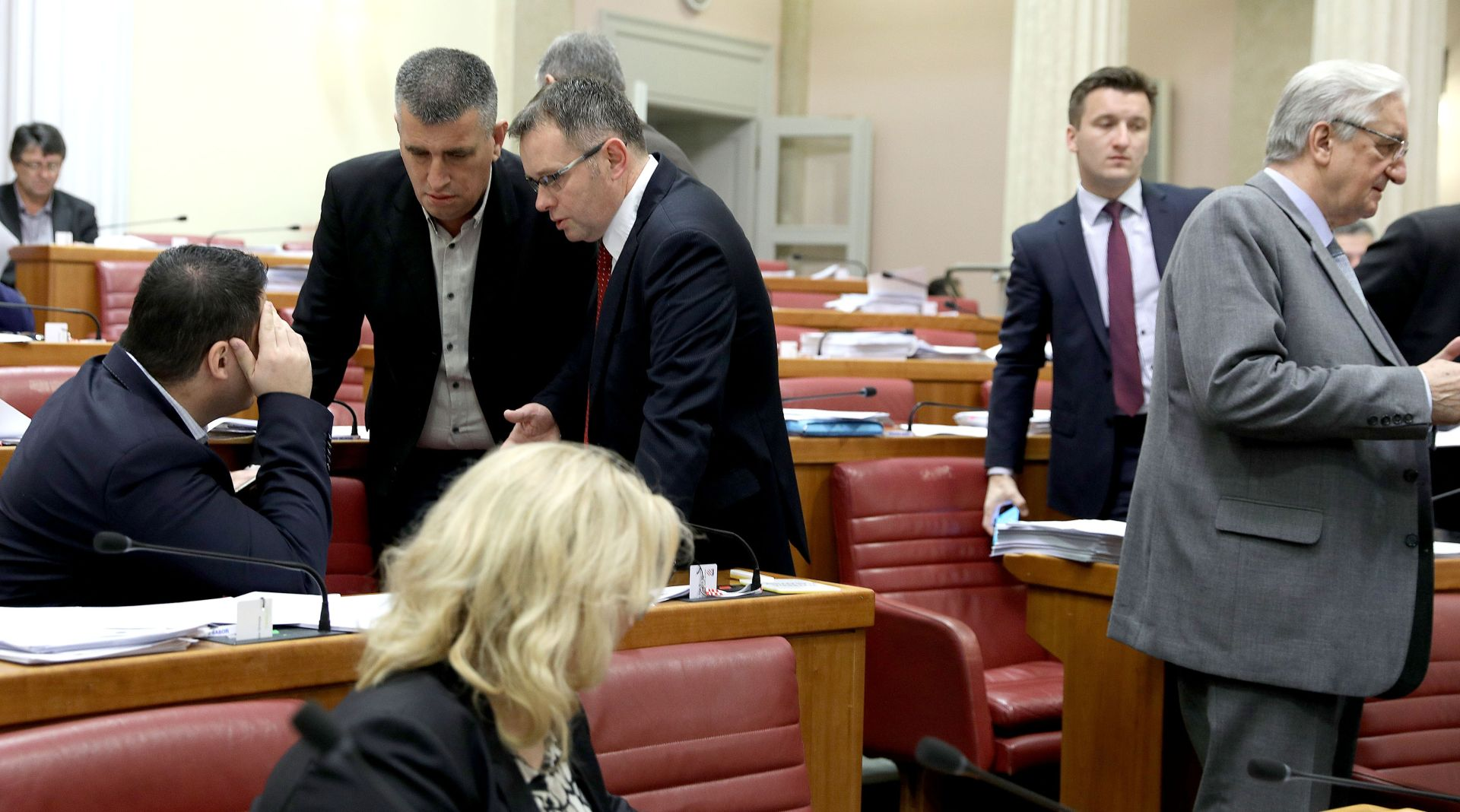 Sabor u drugom čitanju o izmjenama zakona o doprinosima i zakona o porezu na dohodak
