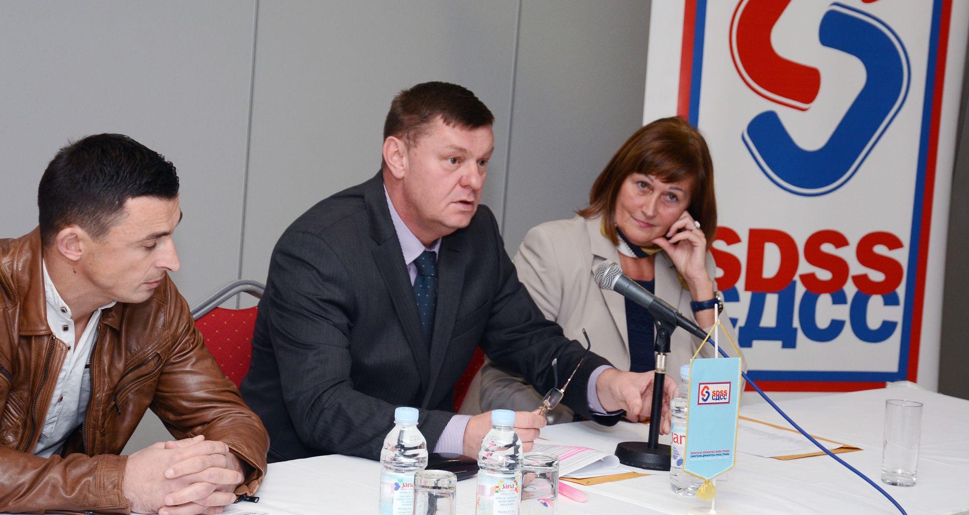 SISAK: SDSS spremno čeka lokalne izbore – osuđeno paljenje zastave srpske manjine
