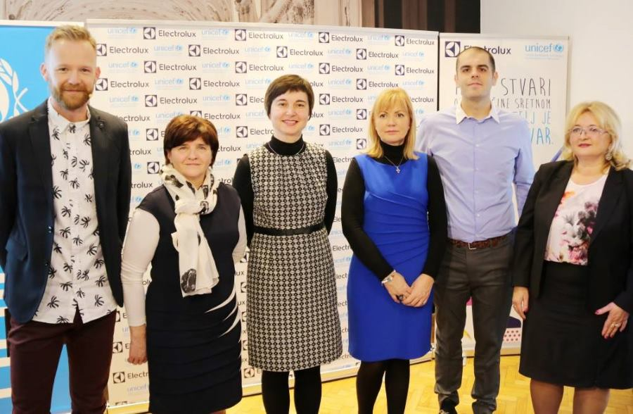 Saša Lozar, Mladenka Ravenski, Valentina Otmačić, Bernardica Juretić, Ivan Radnić i Ines Strenja Linić