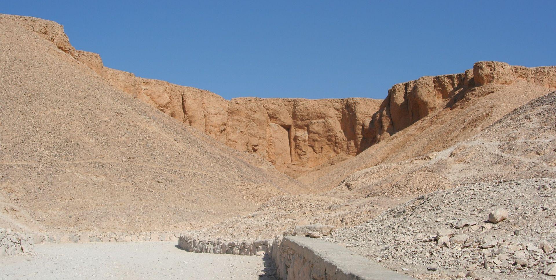 VELIKO OTKRIĆE U Egiptu pronađen grad star više od 7 tisuća godina