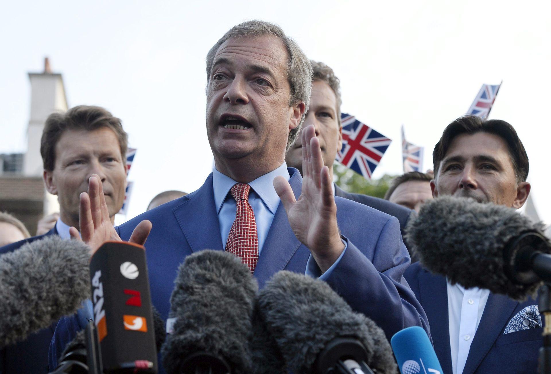 Farage govorio o Brexitu na predizbornom skupu AfD-a u Berlinu