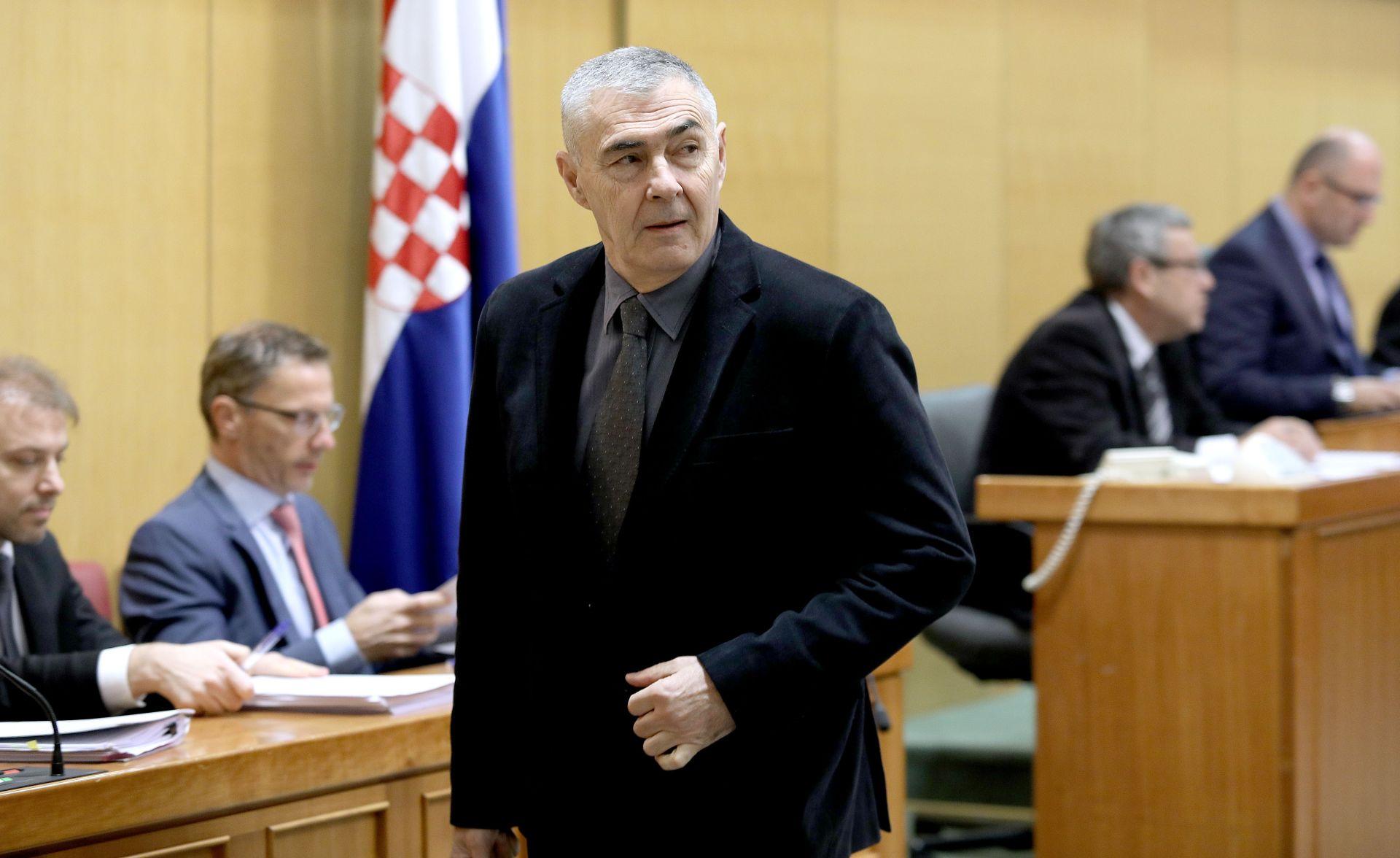 GLASNOVIĆ: 'Šutnja o velikosrpskim zločinima se ne može opravdati politikom stabilizacije'