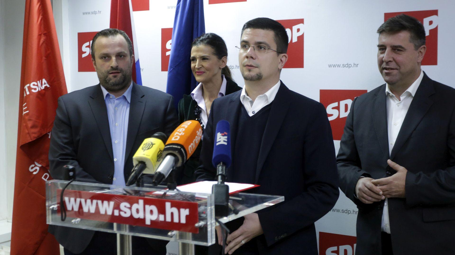 IZBORI U SDP-u: Hajduković odustao od kandidature za predsjednika stranke i podržao Bernardića
