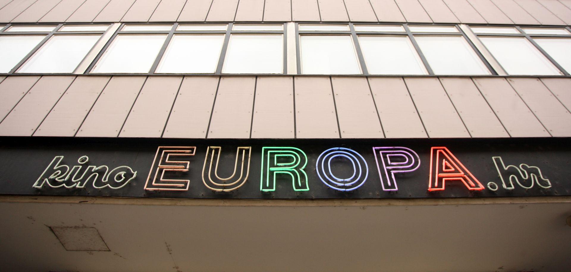 KINO EUROPA Na dan izbora stara komedija o sukobu ideala