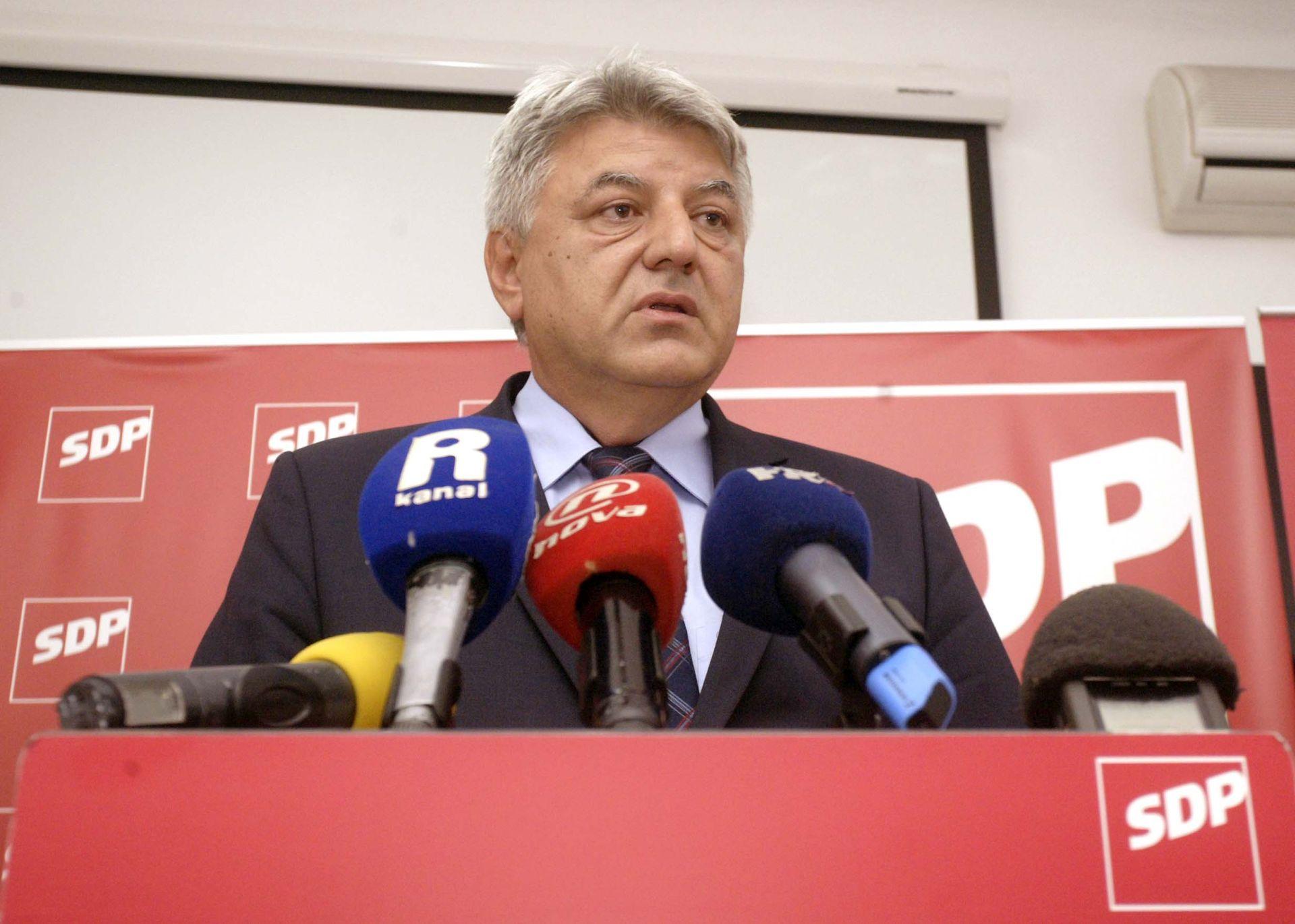 KOMADINA: Anketa o kandidatima za predsjednika SDP metodološki neispravna