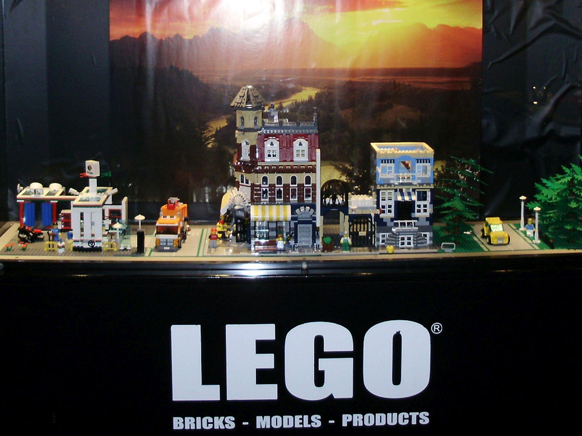 """""""ŠIRENJE MRŽNJE"""": Lego se više neće oglašavati u Daily Mailu"""