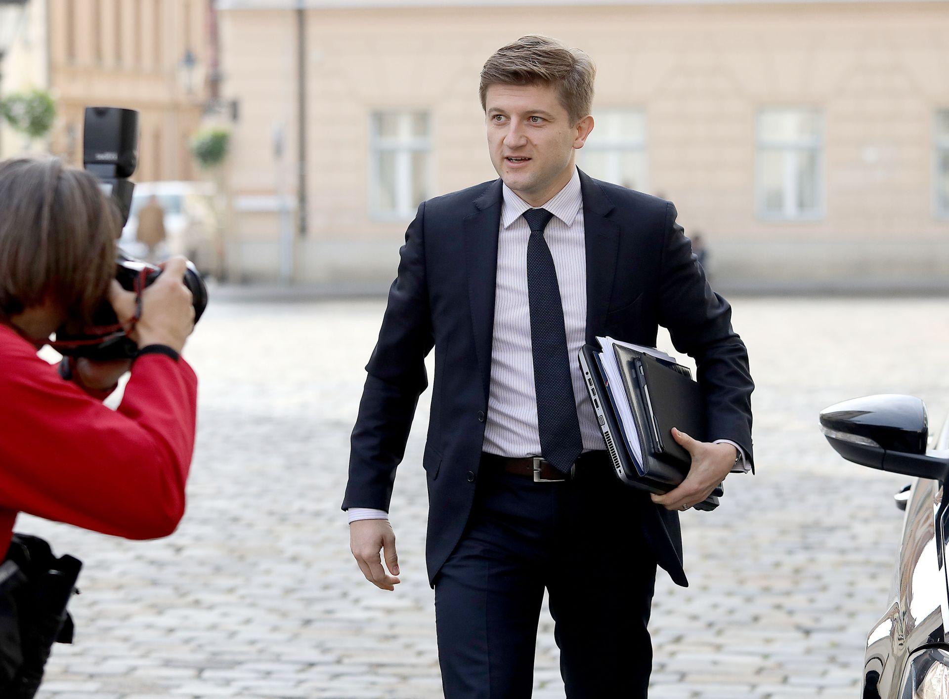 MINISTAR MARIĆ: Porezna reforma uz moguće sitnije dorade treba ostati kakva jest