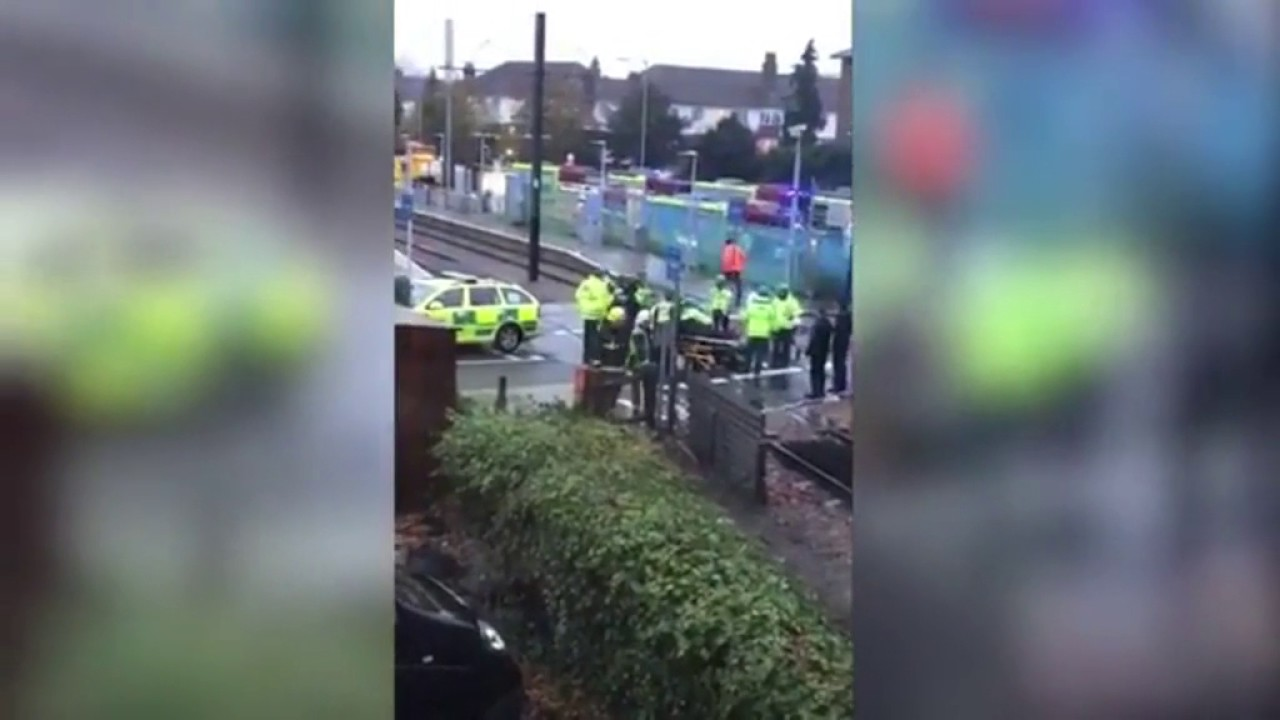 VIDEO PREVRNUO SE TRAMVAJ: U Londonu oko 50 ozlijeđenih