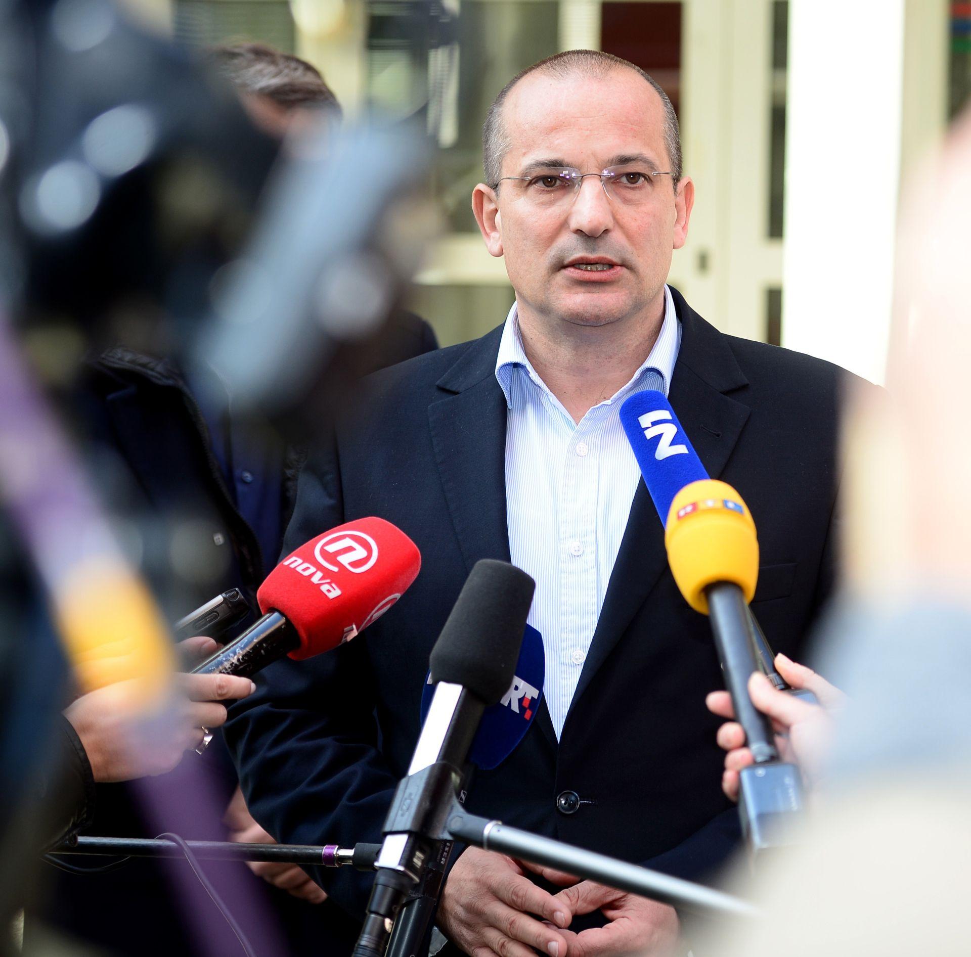 MILJENIĆ: 'Žao mi je što je Bernardić započeo kampanju iznošenjem laži'