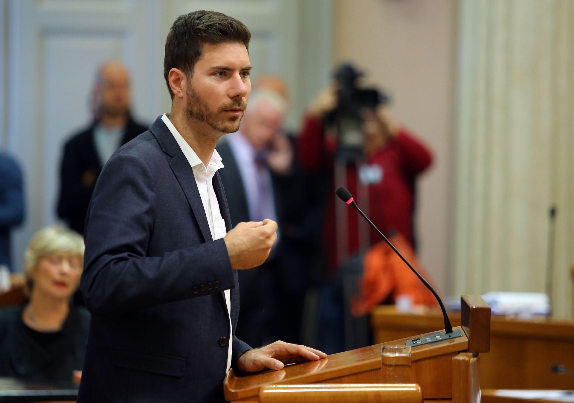 PERNAR 'Ministar financija Zdravko Marić trebao bi odstupiti'