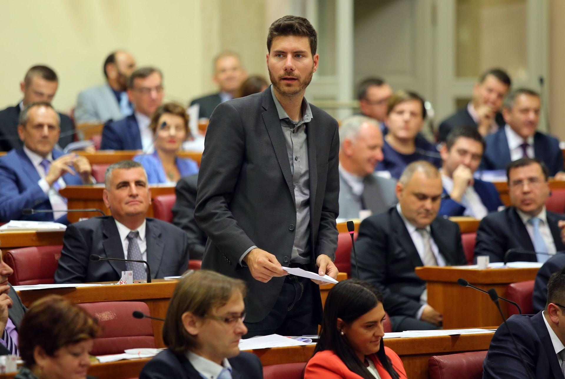 PERNAR NAPUSTIO STUDIO HRT-a: 'Nisam htio sudjelovati u farsi'