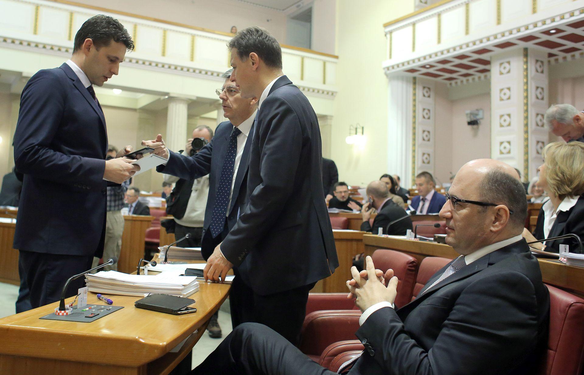 JANDROKOVIĆ 'Nova će parlamentarna većina dobro funkcionirati'