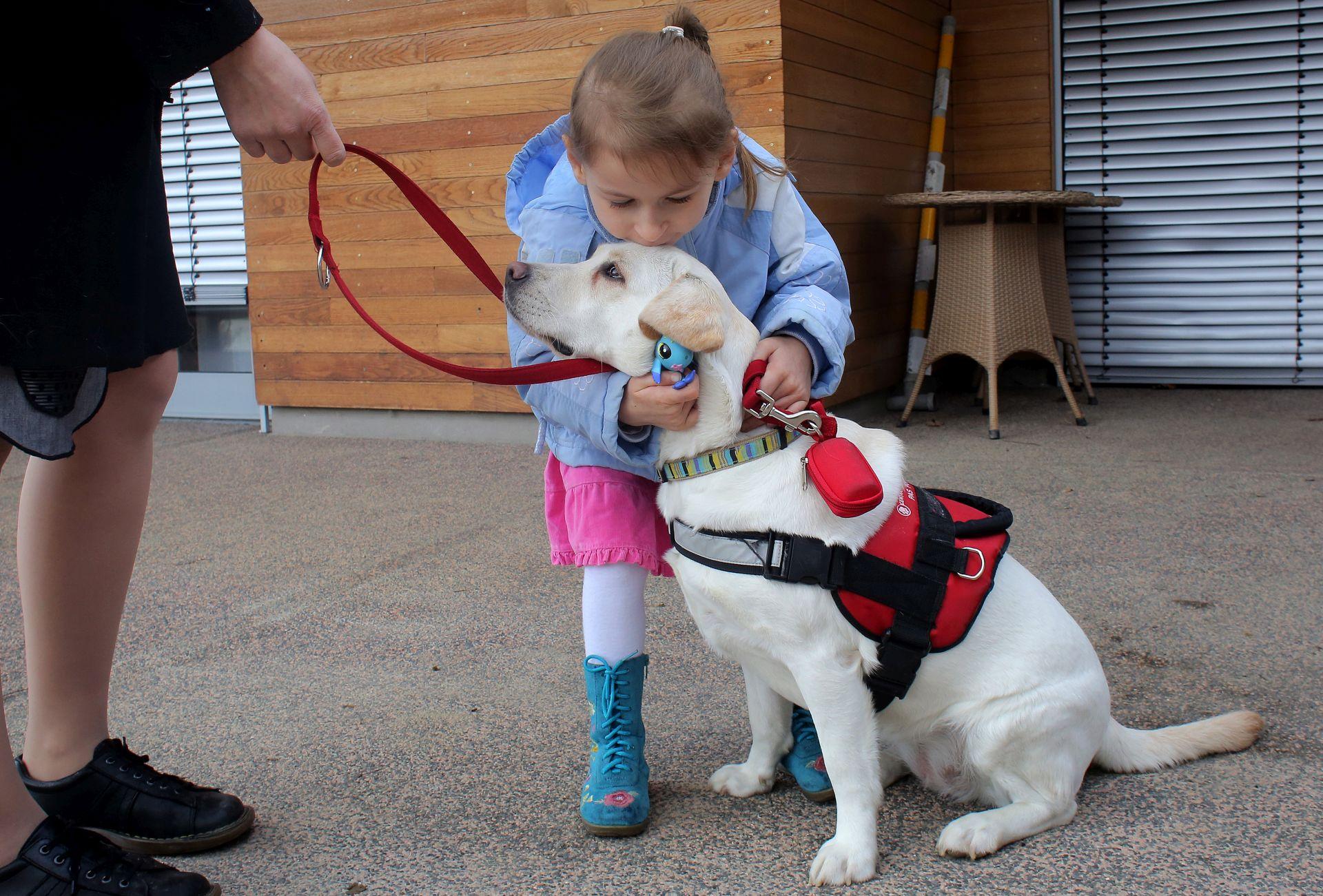 """KONFERENCIJA: """"Psi pomagači u rehabilitaciji djece i odraslih"""""""