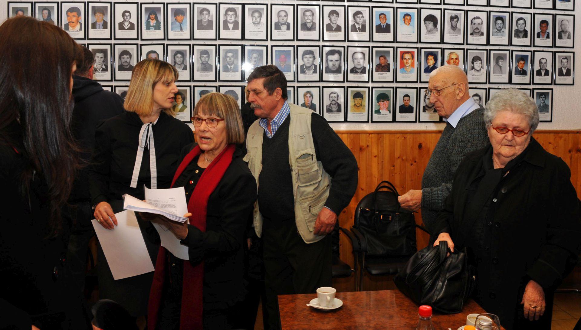 RATNI ZLOČIN U LOVASU: Kaznena prijava protiv generala JNA Dušana Lončara