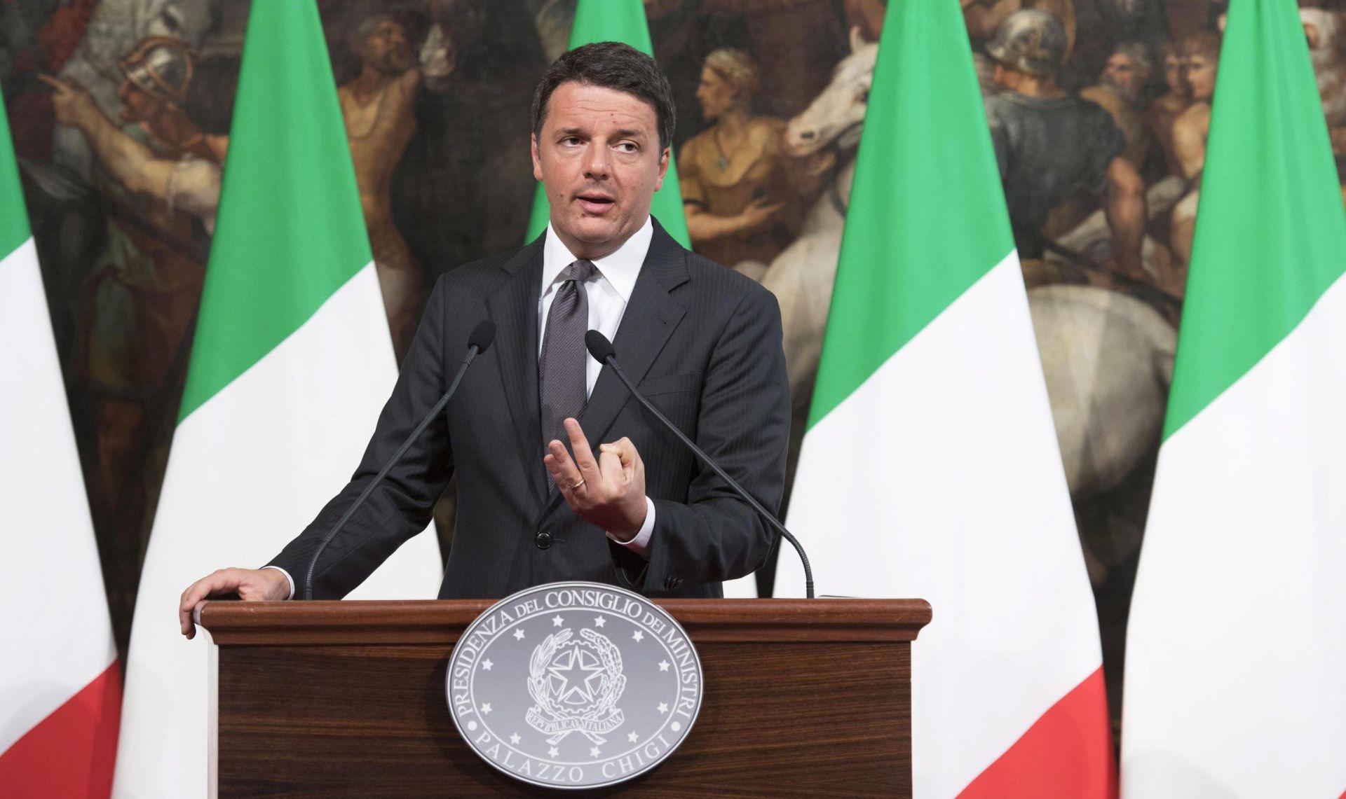 POTRESI U ITALIJI Renzi: 'Malo pomalo sve ćemo obnoviti'