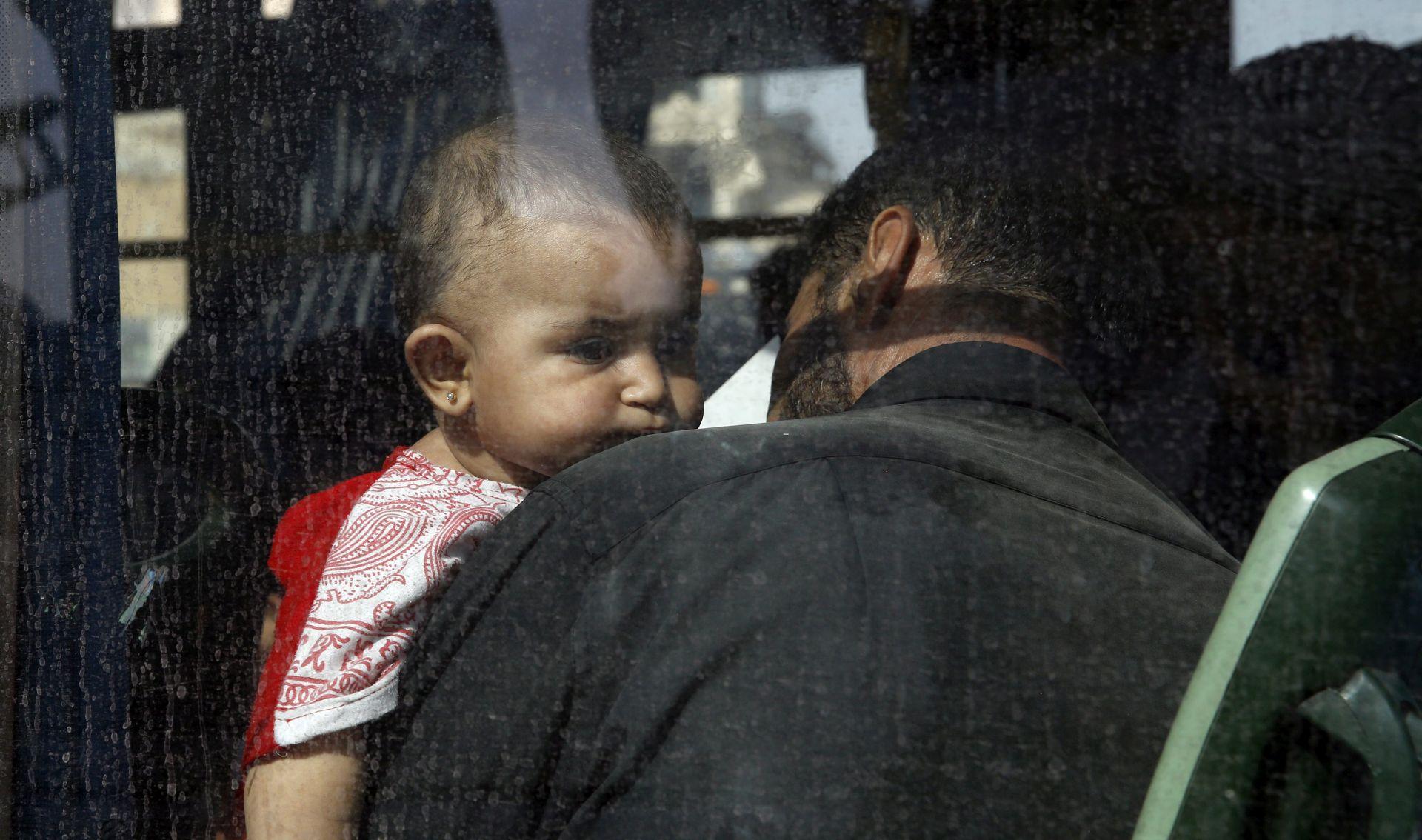 SIRIJA U zračnom napadu na pobunjenički Idlib ubijeno sedmero djece