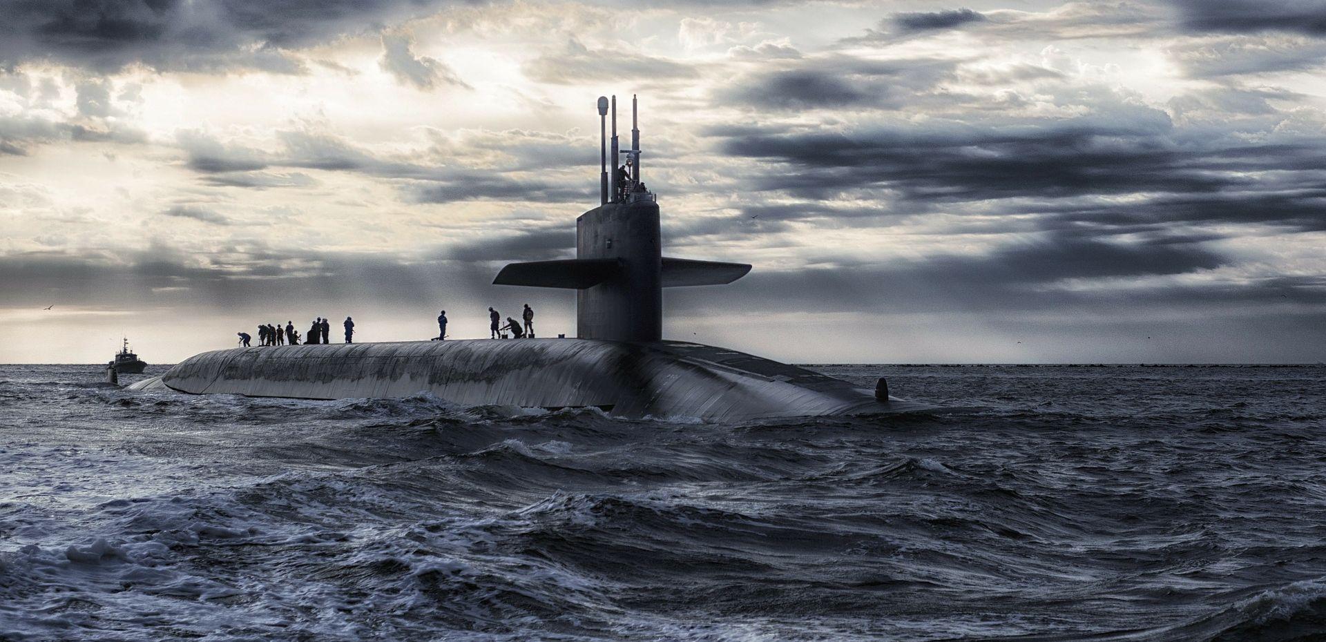 """RUSKO MINISTARSTVO OBRANE """"Naši razarači istjerali su nizozemsku podmornicu, željeli su nas špijunirati"""""""