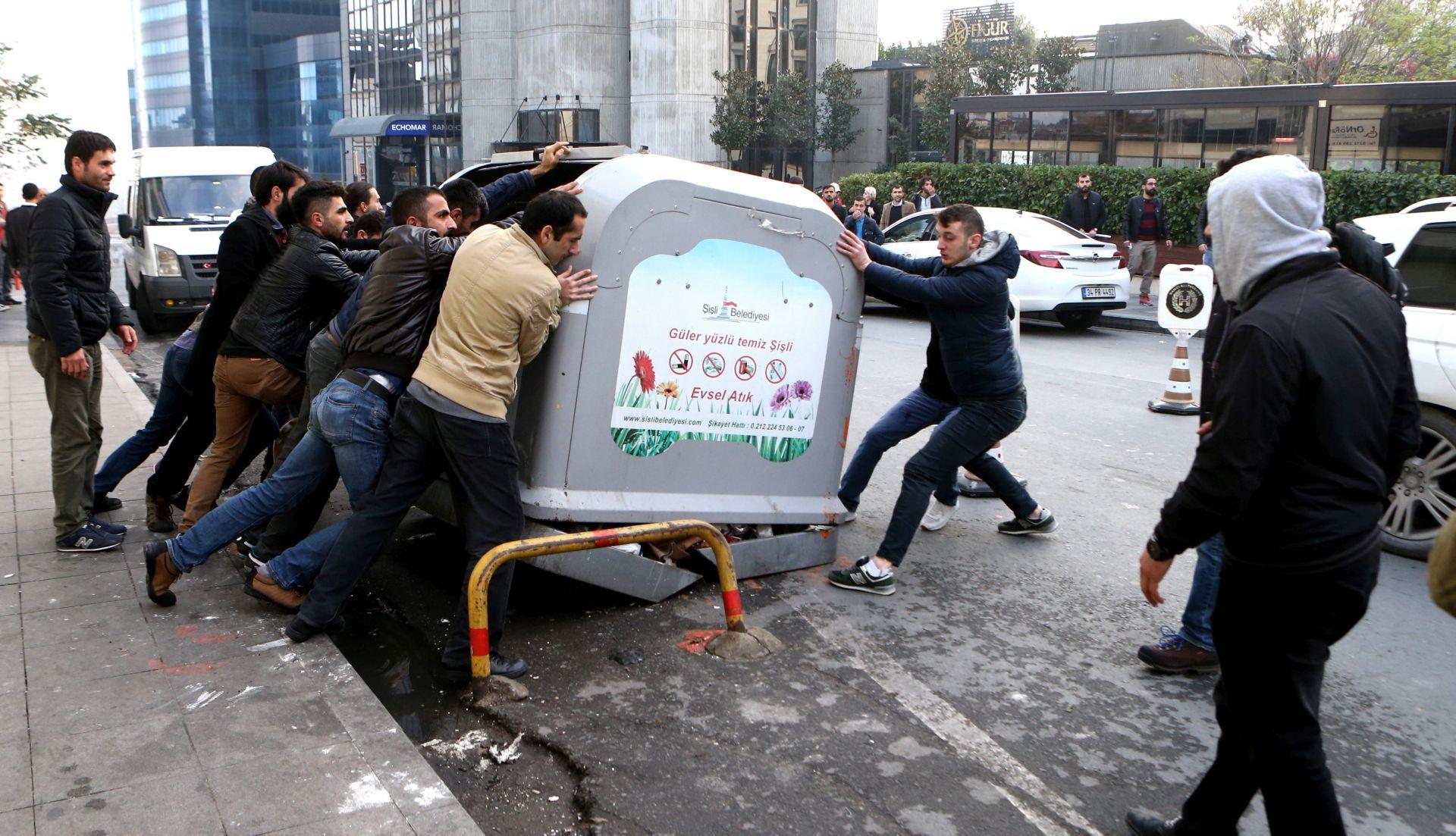 NAKON UHIĆENJA Novi pritisak na oporbu u Turskoj