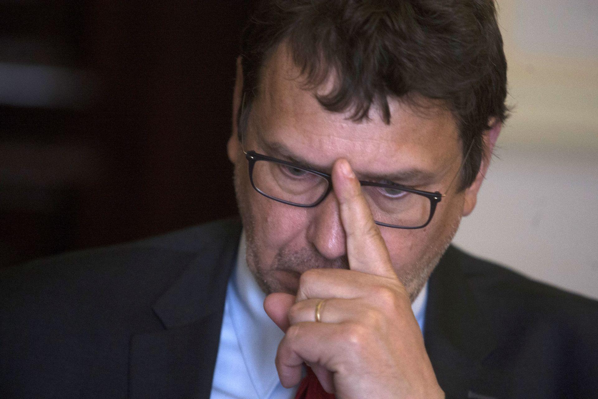 BLOKADA Žigmanov: 'Srbija bi trebala tiskati 186 udžbenika na hrvatskom jeziku'