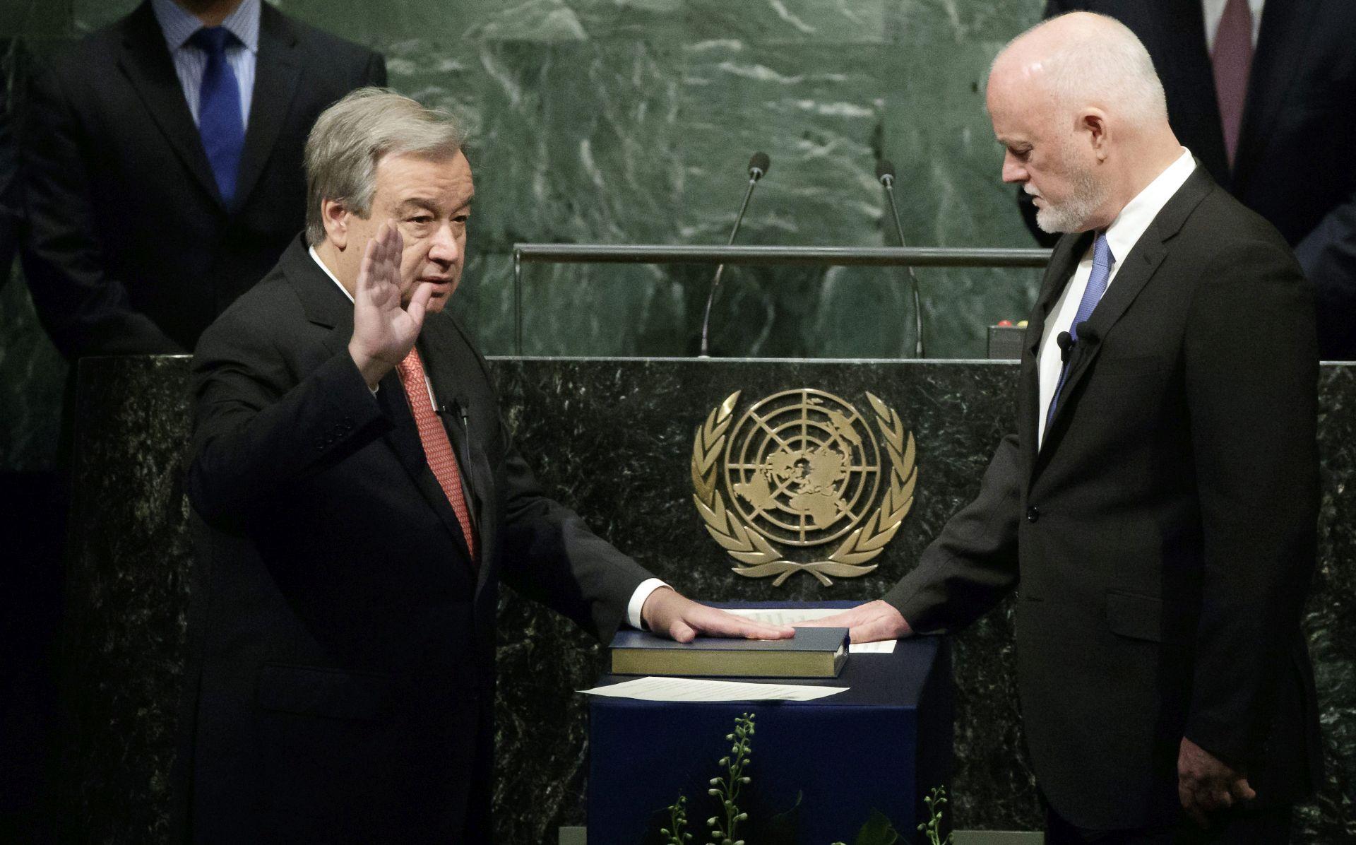 NASLJEDNIK BAN KI-MOONA: Guterres prisegnuo za novog glavnog tajnika UN-a