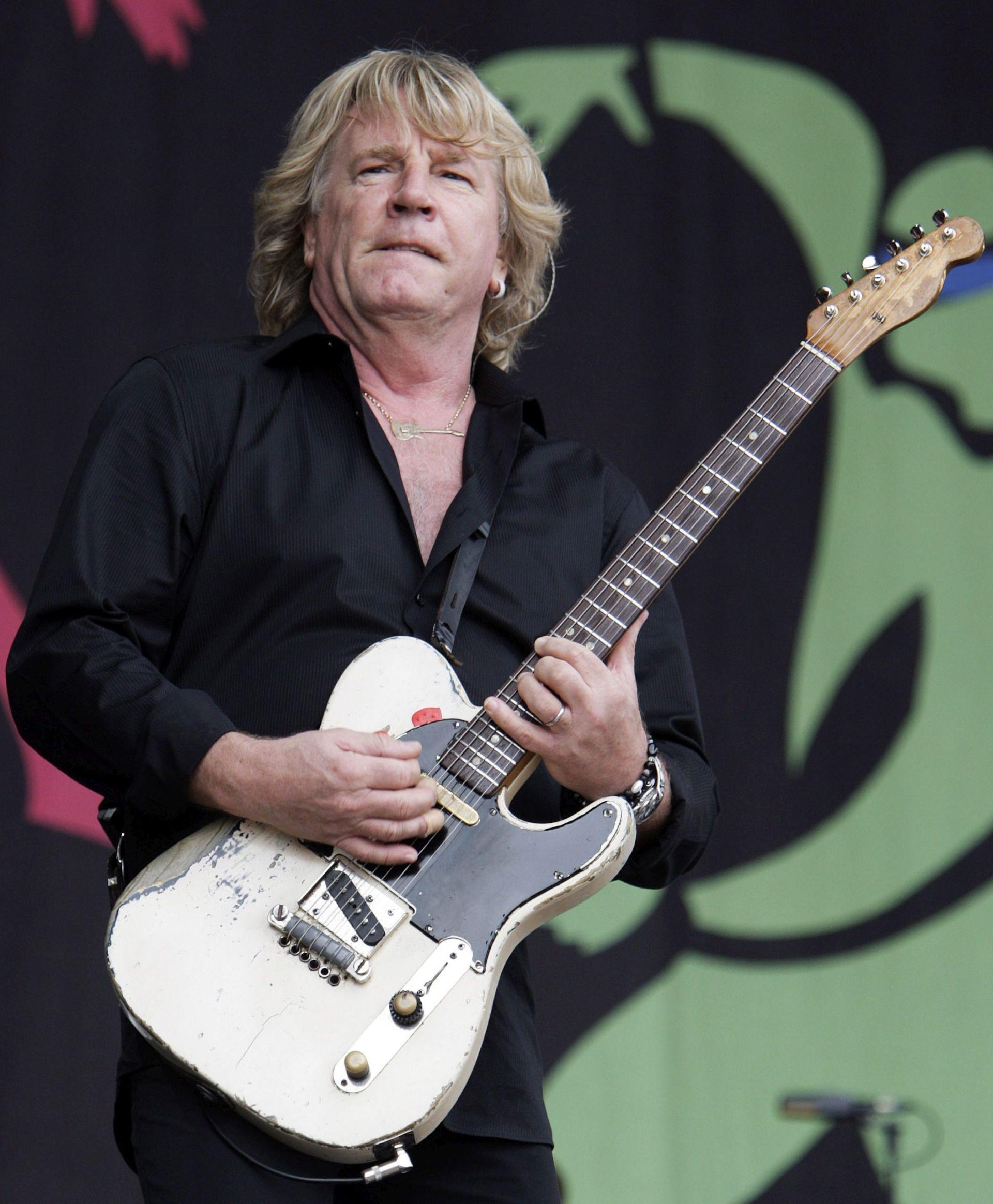 Umro Rick Parfitt, gitarist grupe Status Quo