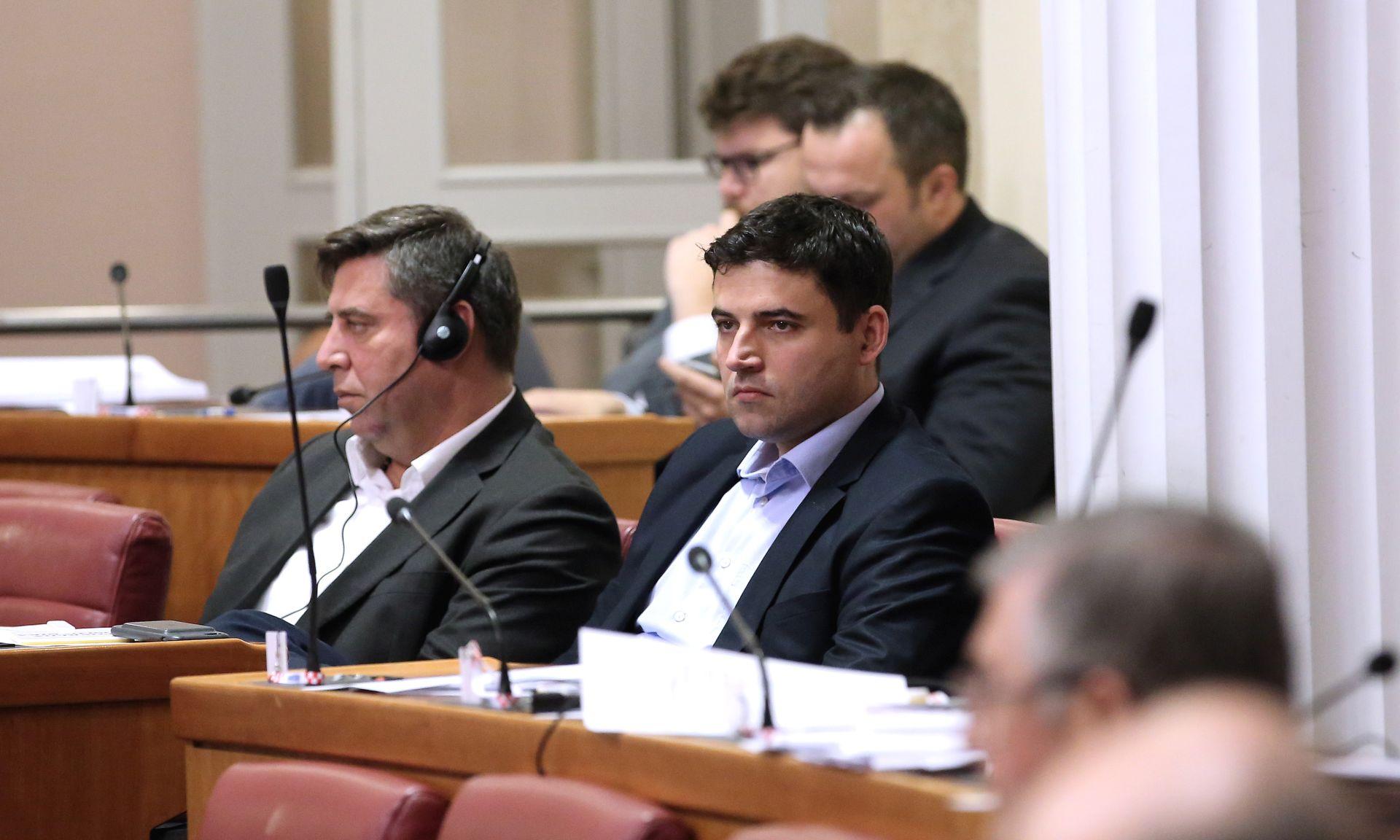 SDP I HNS Proračun prenapuhan, Maras; premijer u Trakošćanu