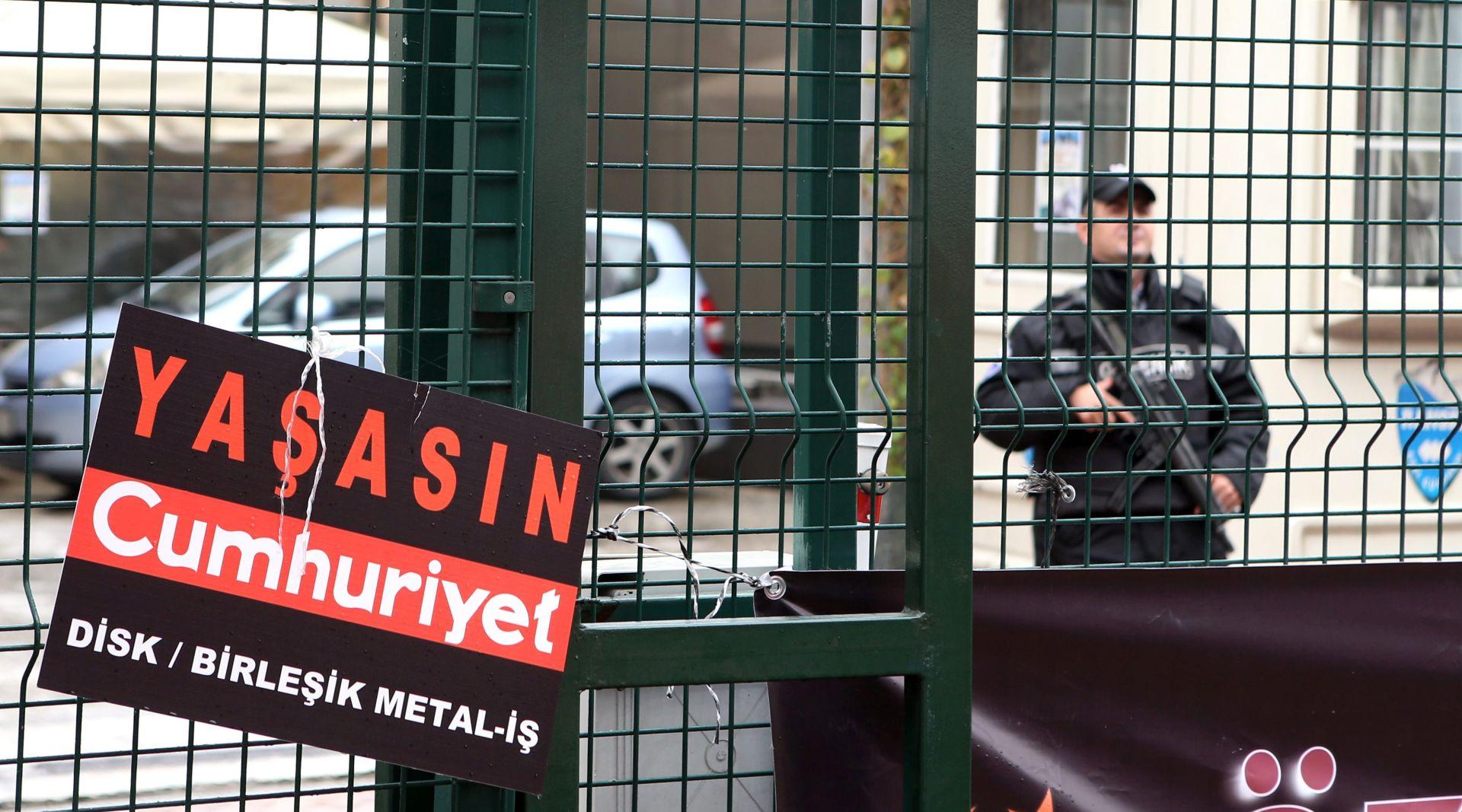 Broj uhićenih novinara u 2016. u porastu, prednjači Turska
