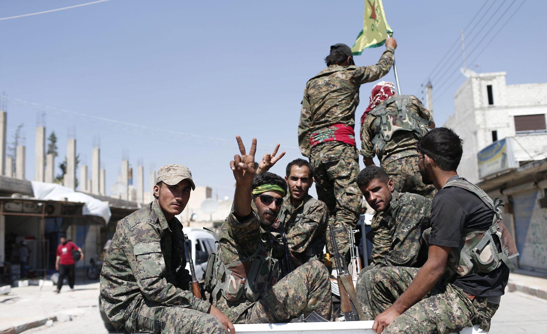 Sirijske milicije napreduju prema Raqqi