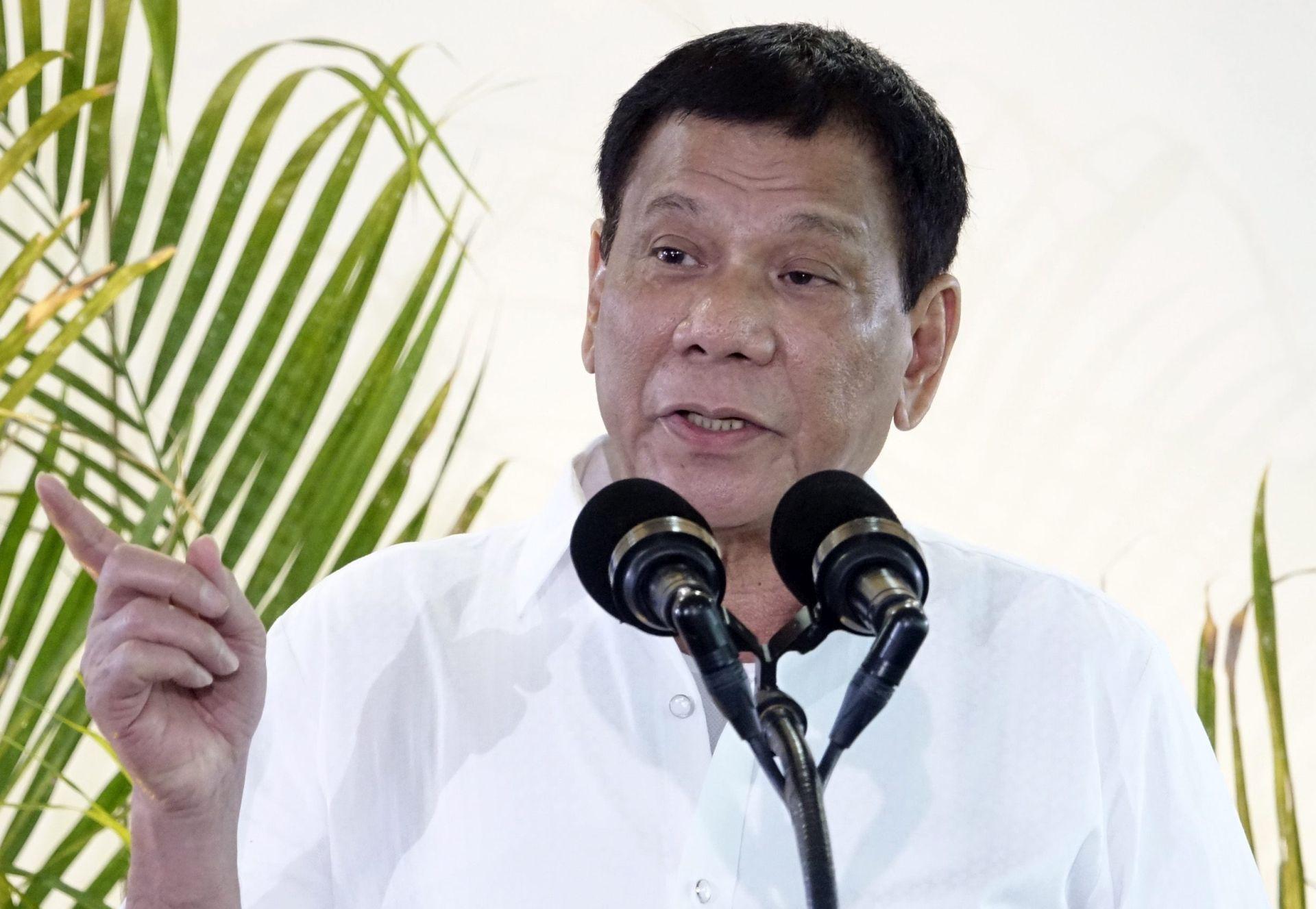 FILIPINI Vlada daje besplatnu kontracepciju ženama