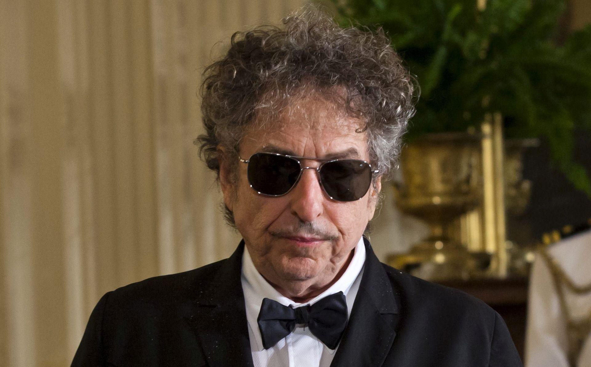 Bob Dylan počašćen Nobelovom nagradom