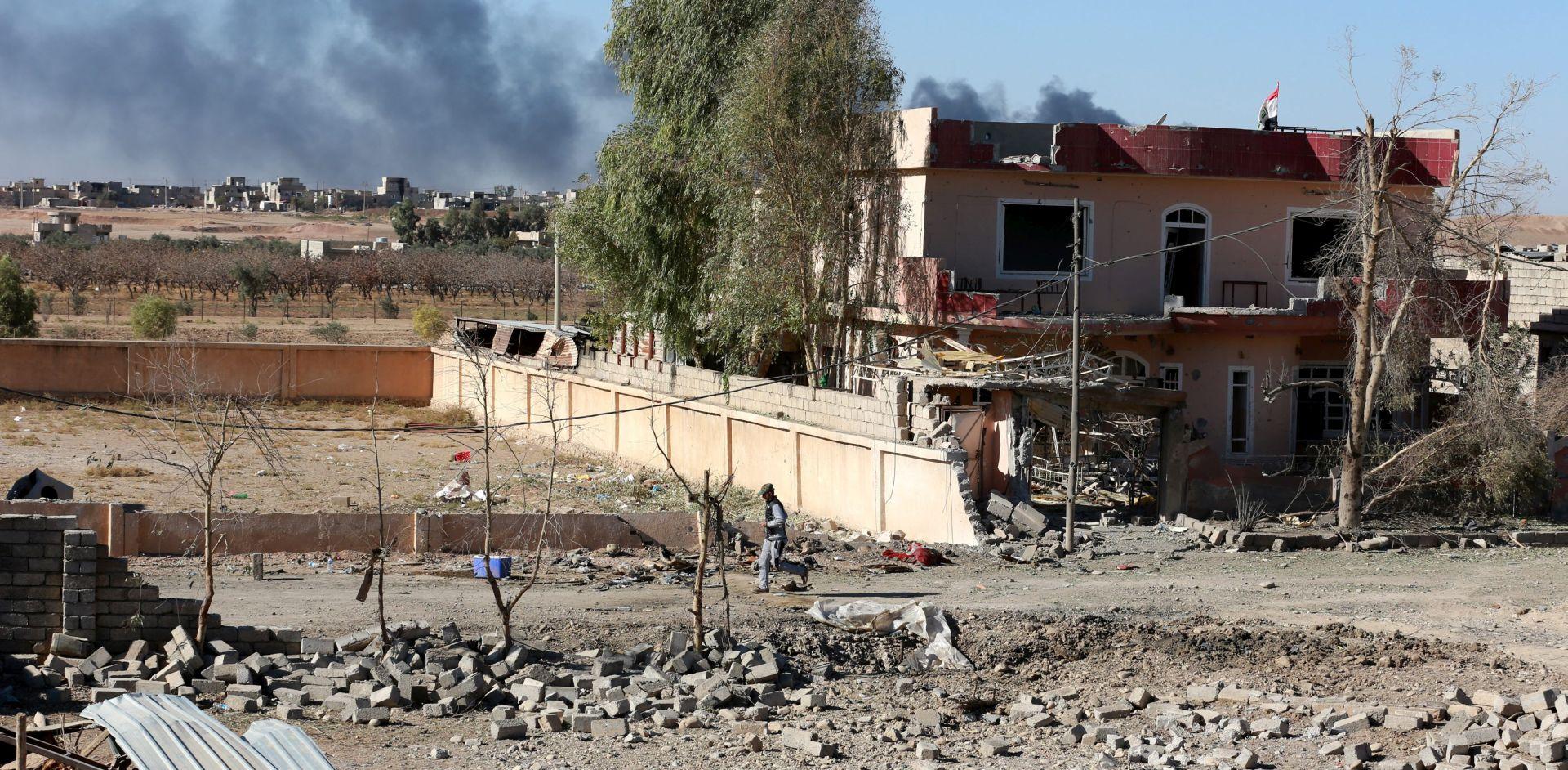 IRAK Zračni napadi na grad al-Qaim, izvješća o više od 60 mrtvih