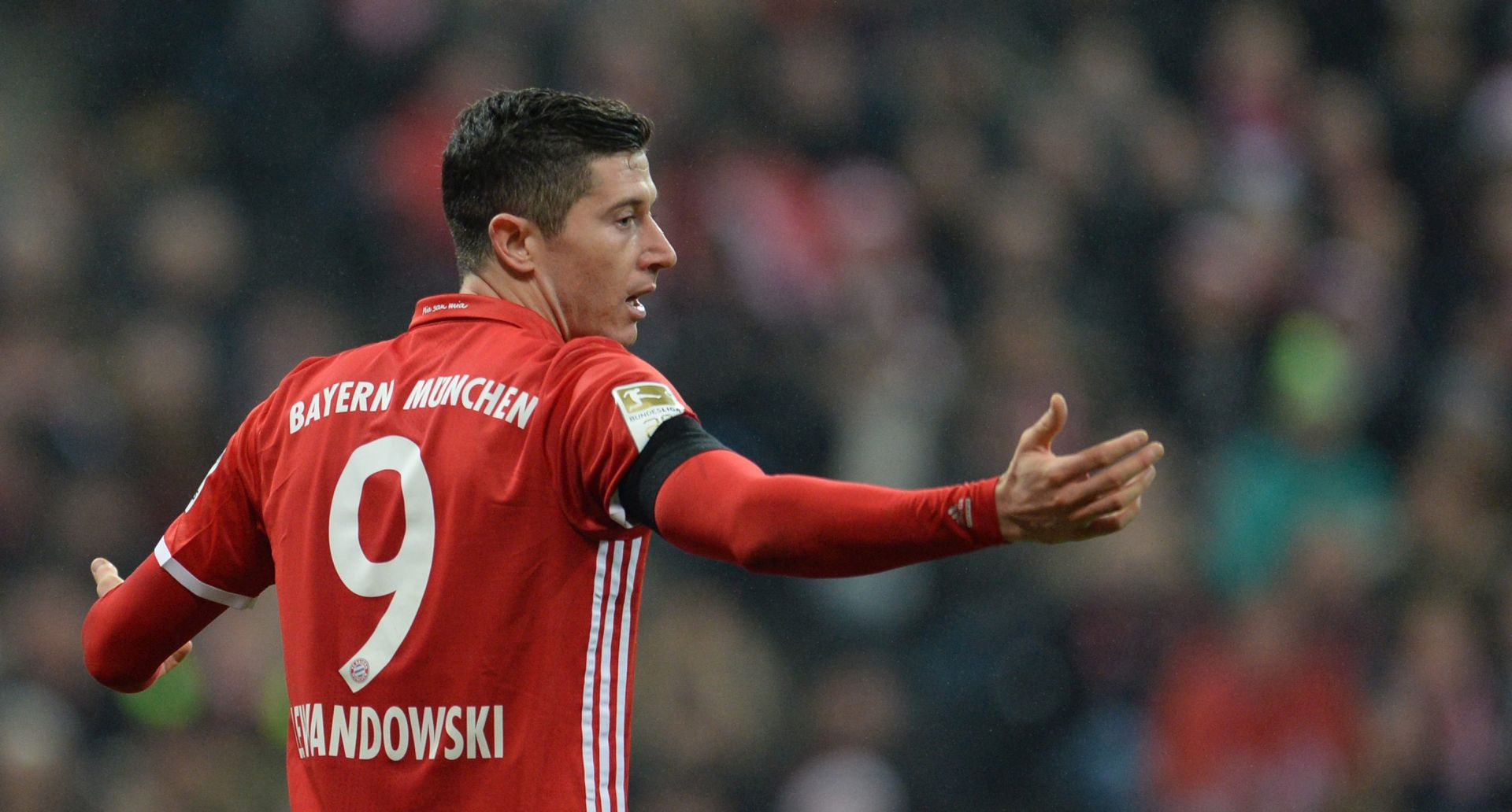 Lewandowski produžio s Bayernom do 2021.