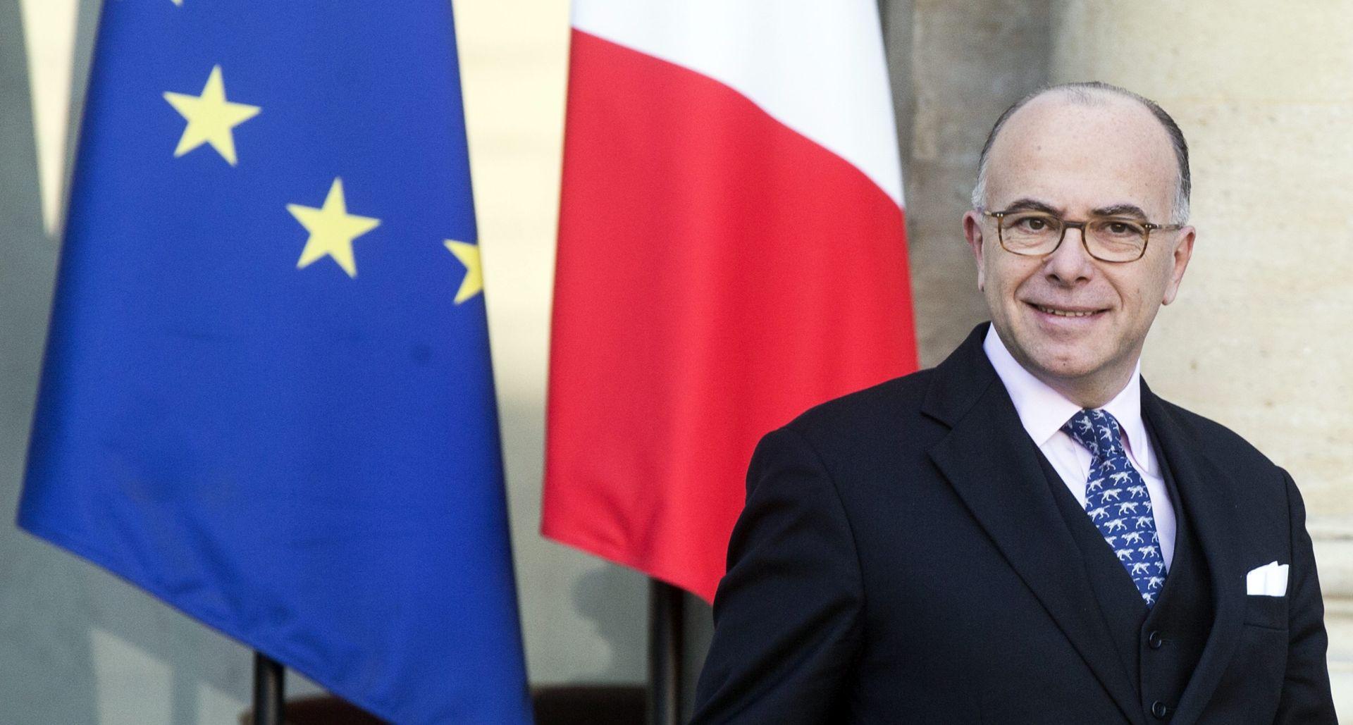 OSTAVKA VALLSA Bernard Cazeneuve imenovan francuskim premijerom
