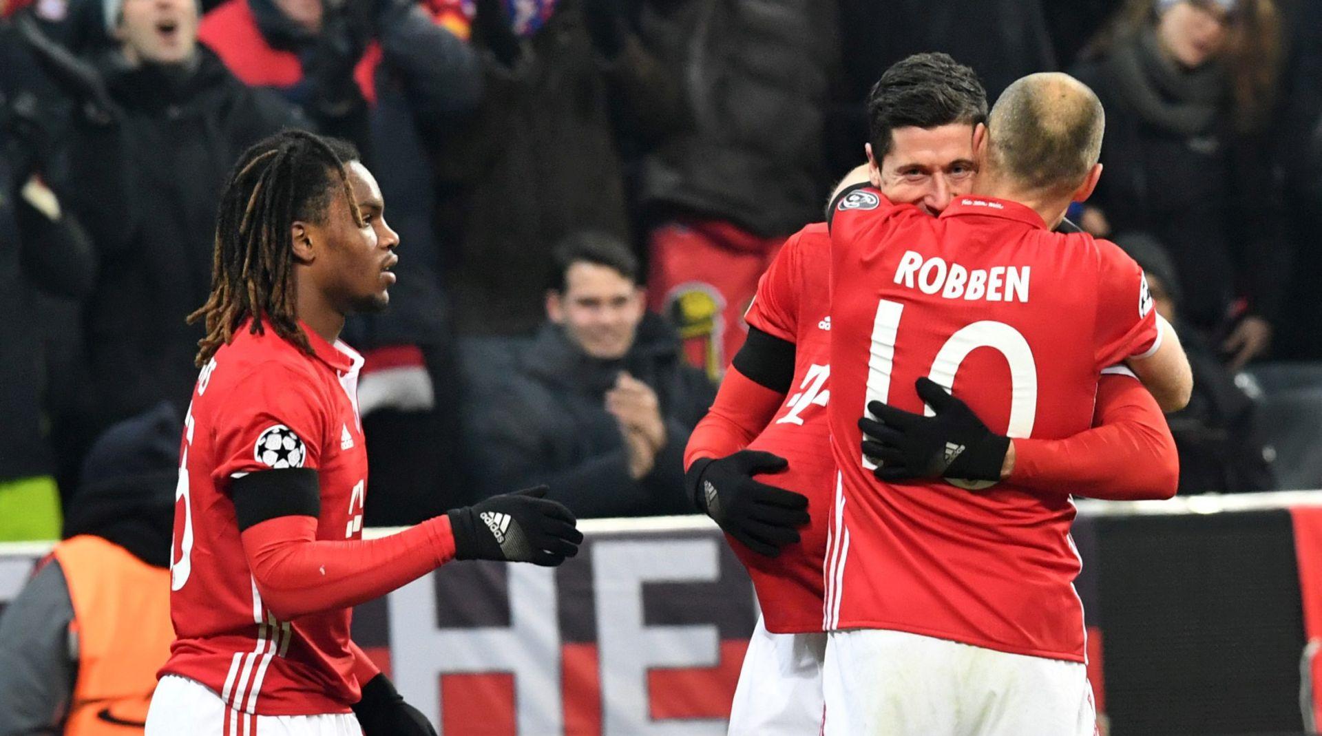 VIDEO: BUNDESLIGA Bayern se namučio protiv zadnje momčadi lige, Costa pogodio za povratak na vrh