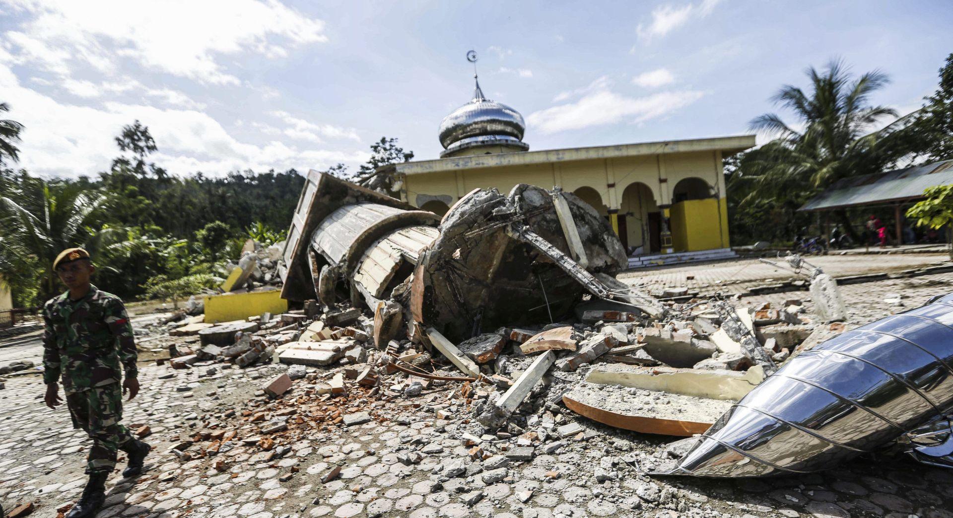 INDONEZIJA Snažan potres pogodio Sumatru, poginulo gotovo 100 ljudi