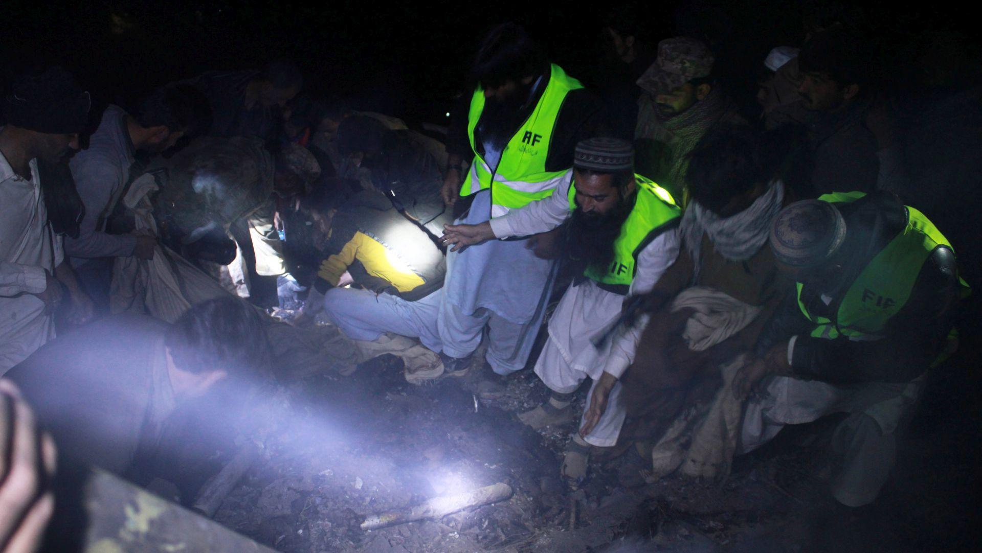 PAKISTAN Poginulo svih 48 osoba u avionu koji je pao kraj Haveliana