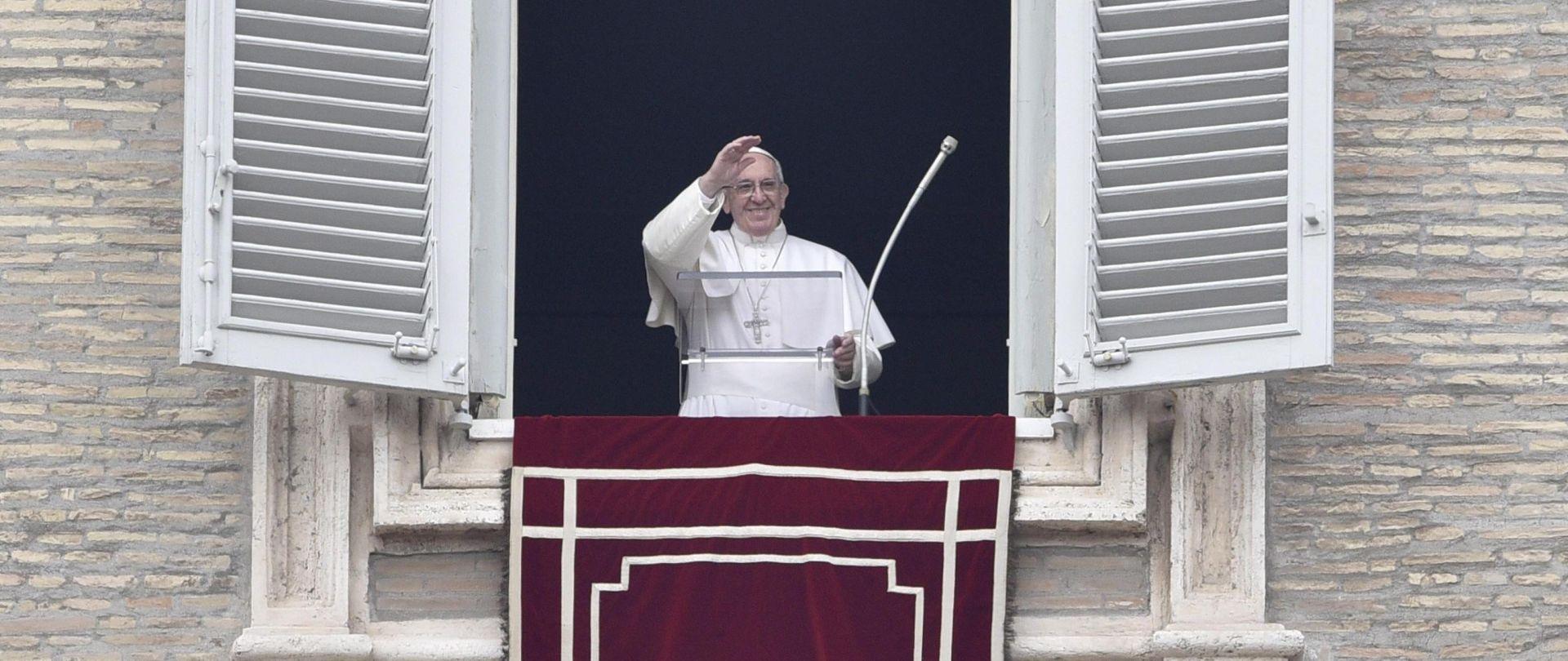 Papa poziva na mir u Alepu