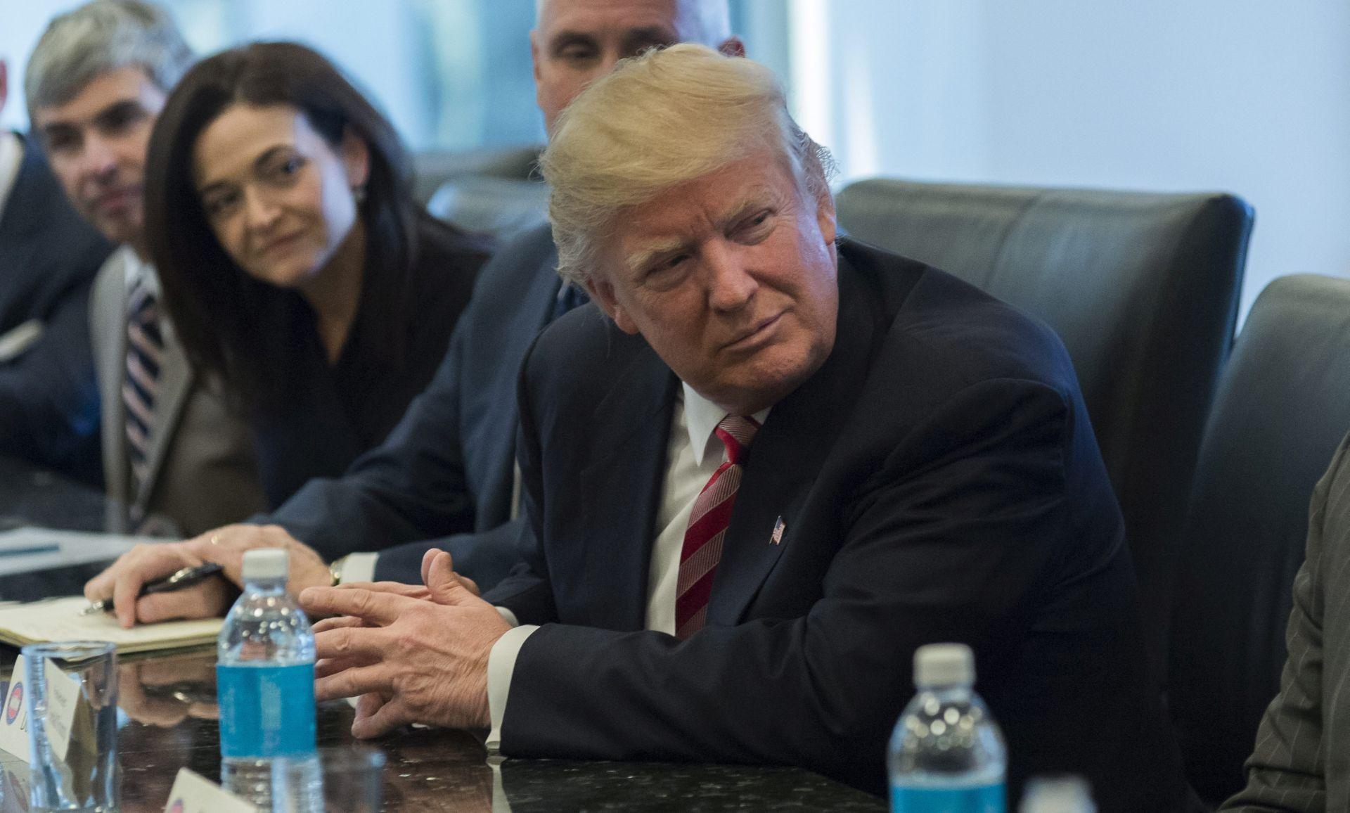 """Trump pohvalio """"pametnu"""" Putinovu odluku da se suzdrži od protjerivanja diplomata"""
