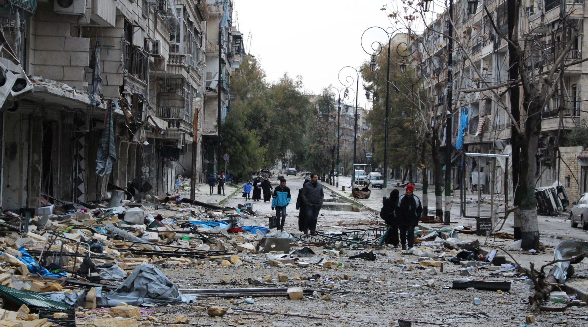 Evakuacija iz Alepa prekinuta pa nastavljena