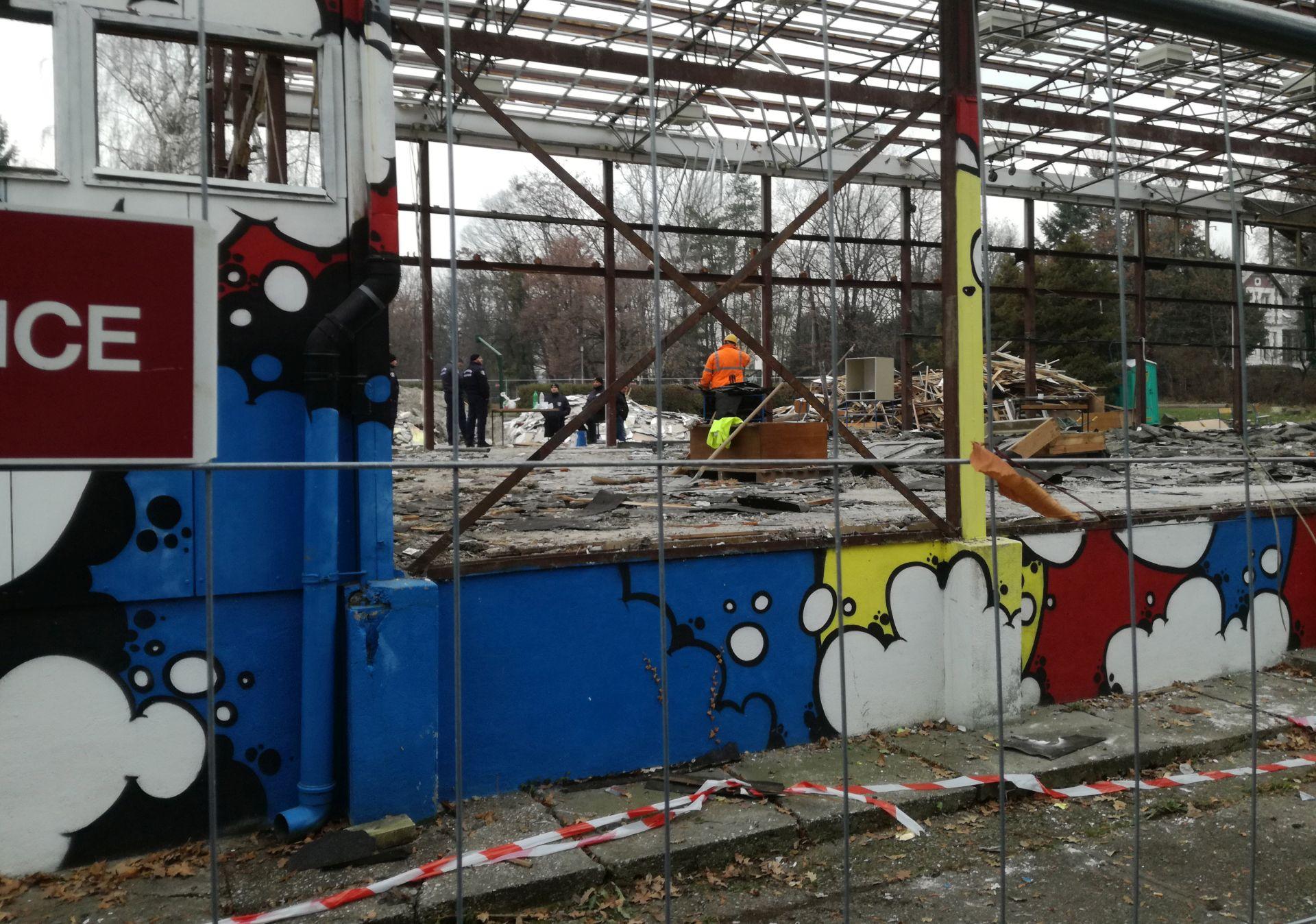 Radnici ponovno ruše na terasi GK Jabuke