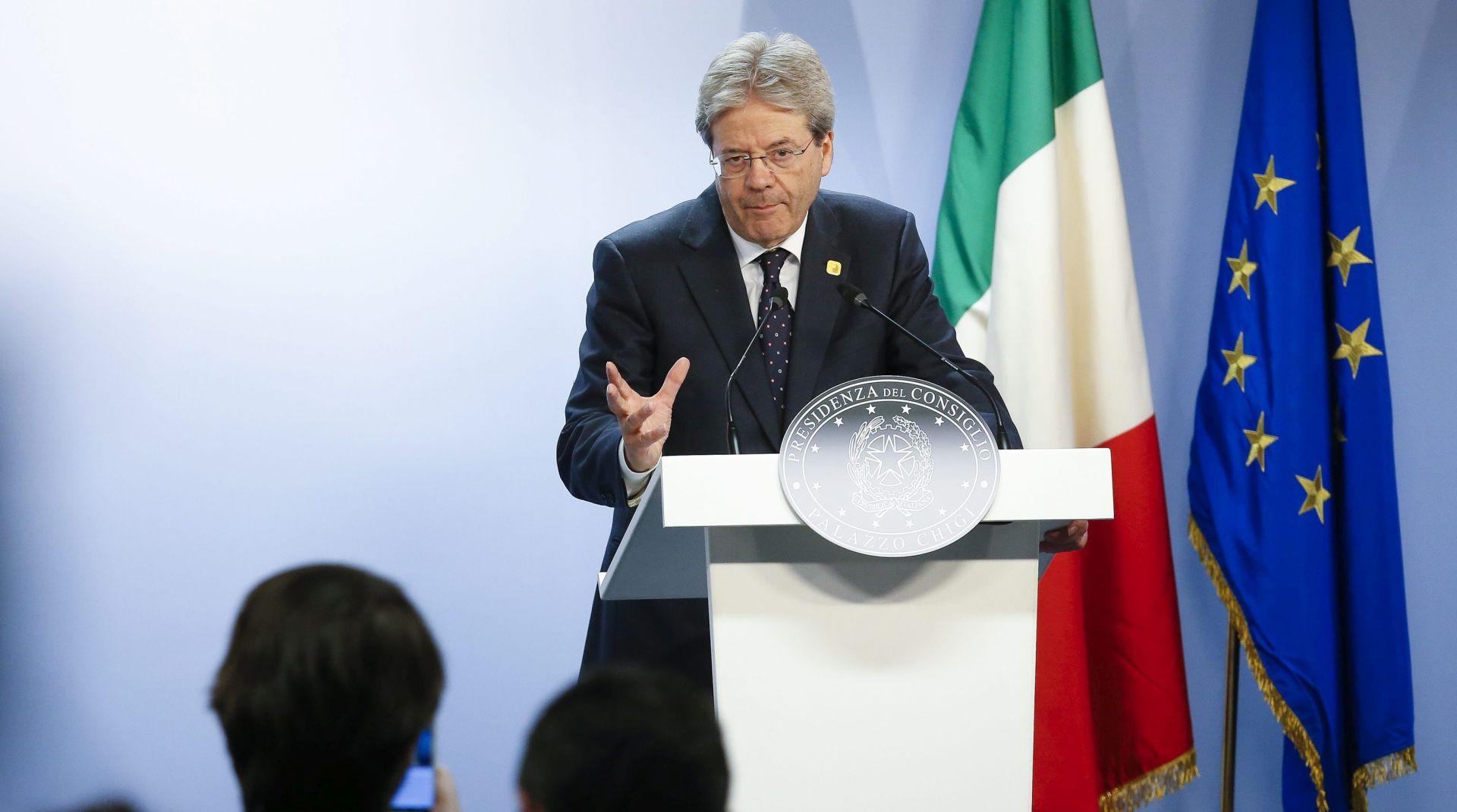 Italija smatra da je EU 'zaista prespora' u odgovoru na migrantsku krizu